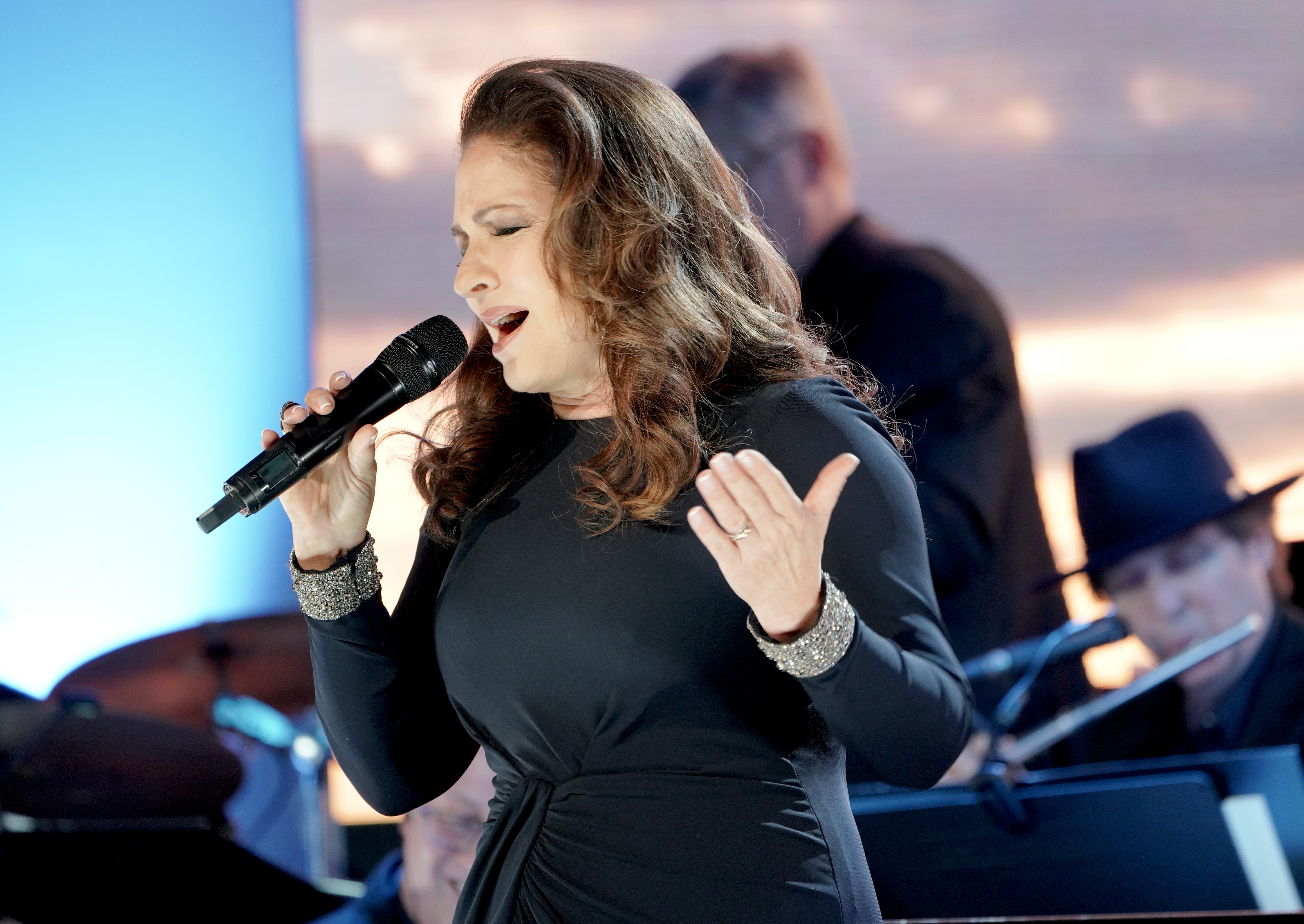Gloria Estefan, Sting and other celebs will support India with star-studded event