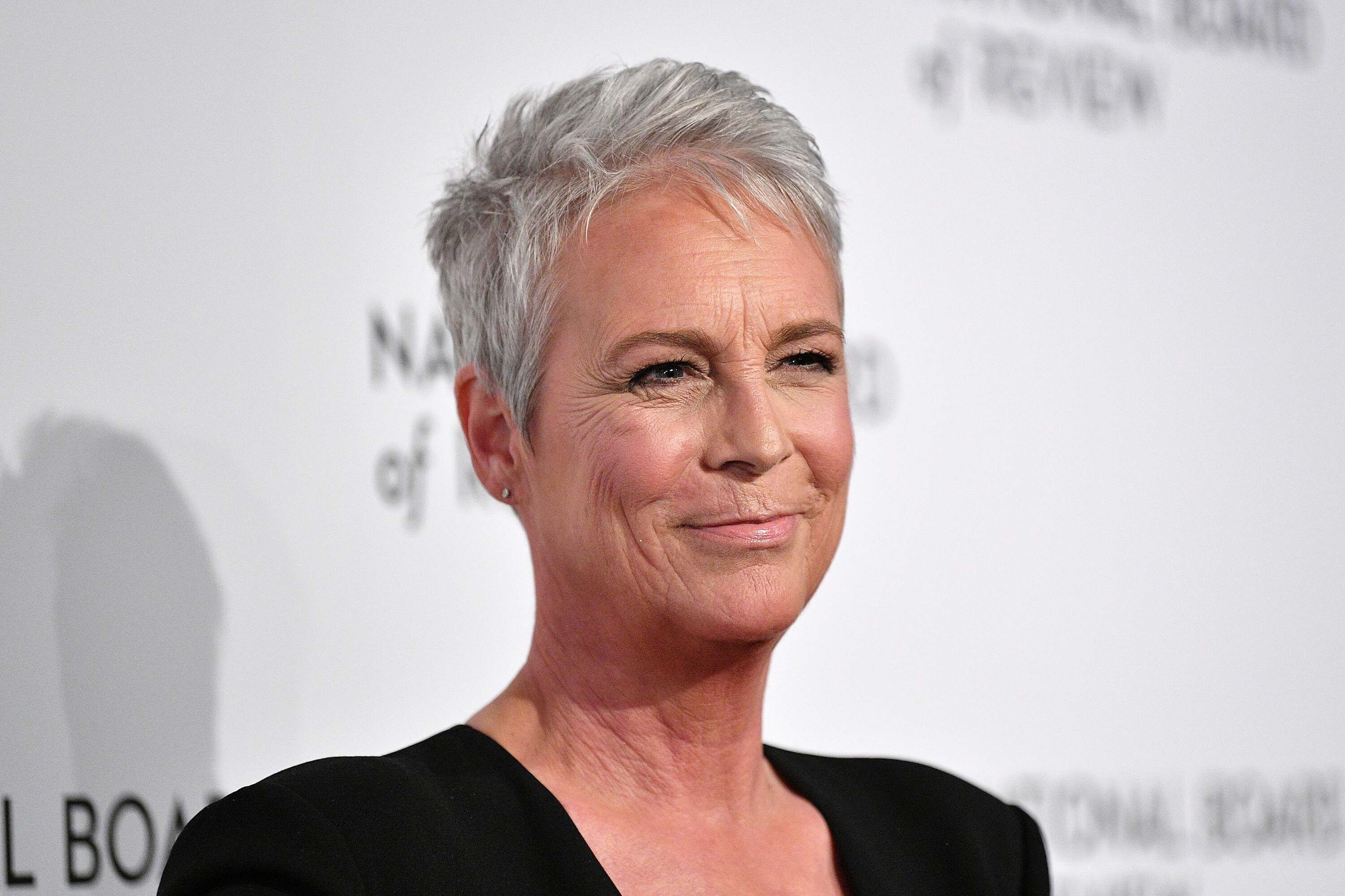 Jamie Lee Curtis thinks cosmetic procedures are 'wiping out a generation of beauty'