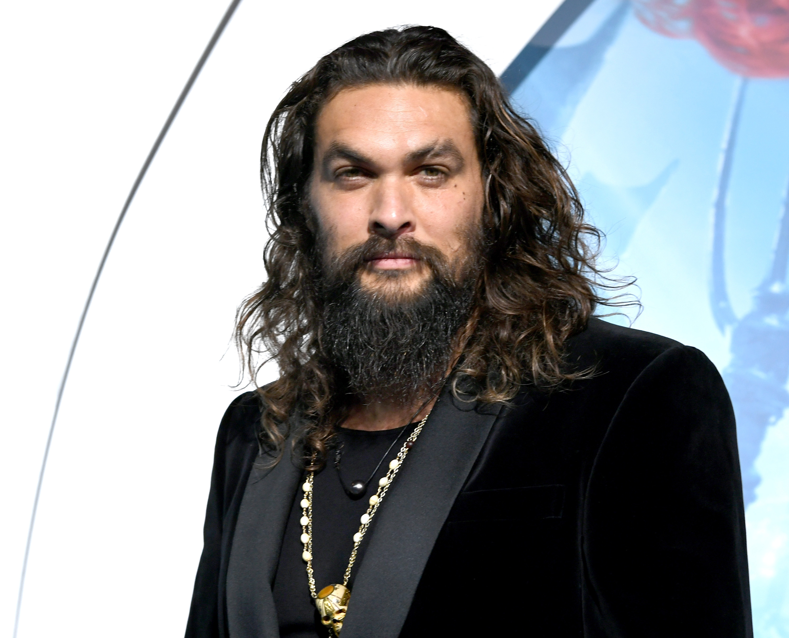 Jason Momoa apologizes for calling out Chris Pratt's use of a plastic water bottle