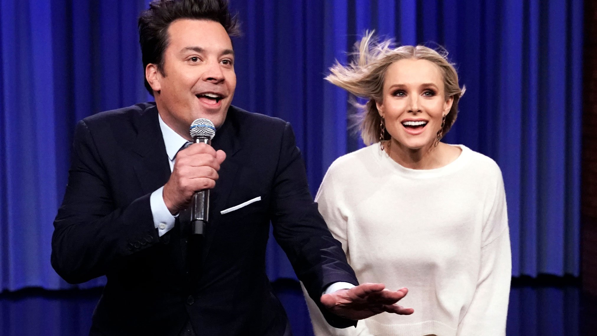 Jimmy Fallon and Kristen Bell team up for an epic Disney classic duet
