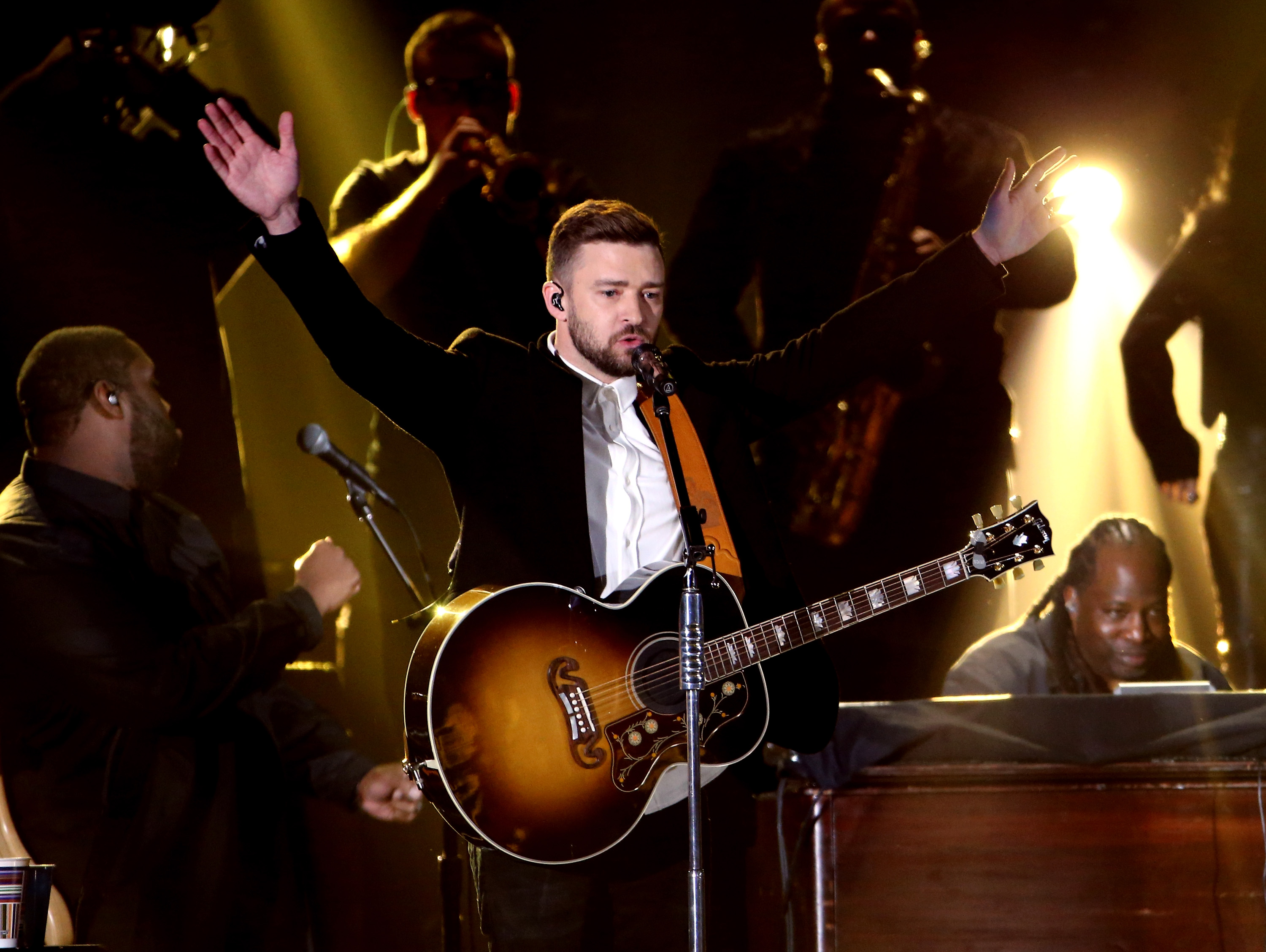 Justin Timberlake weighs in on Girl Scout cookie debate