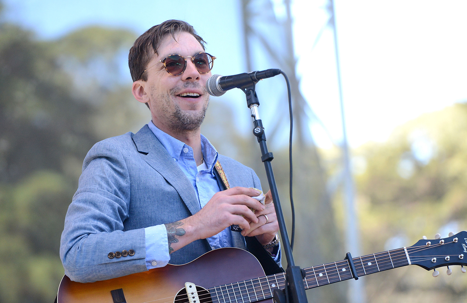 Singer Justin Townes Earle dies at 38