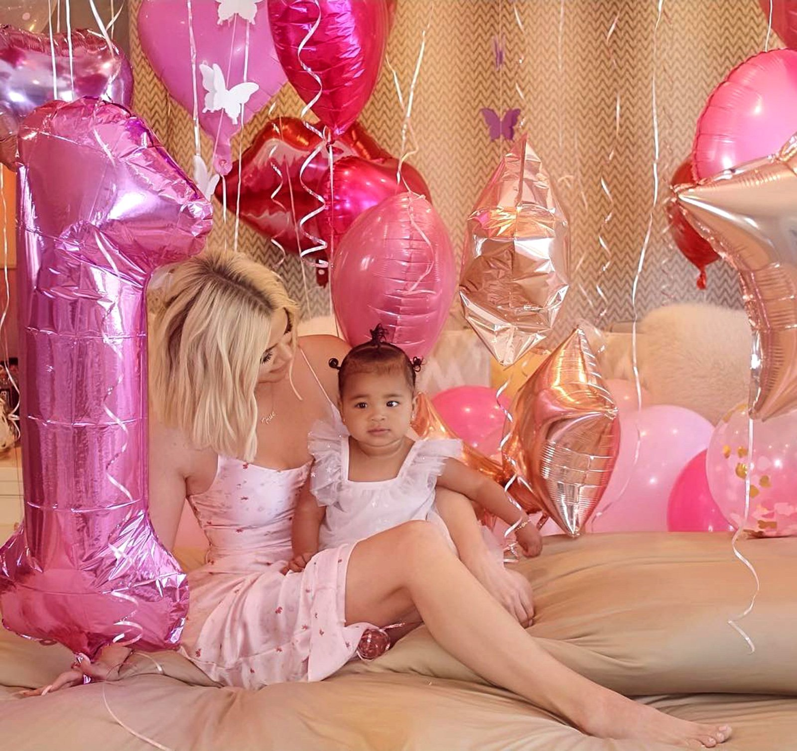 True Thompson makes an adorable cameo in  Khloe Kardashian's new makeup tutorial video