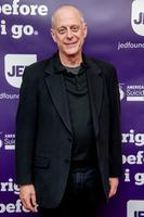 Mark Blum, actor in 'Desperately Seeking Susan' and 'You,' dies of coronavirus complications