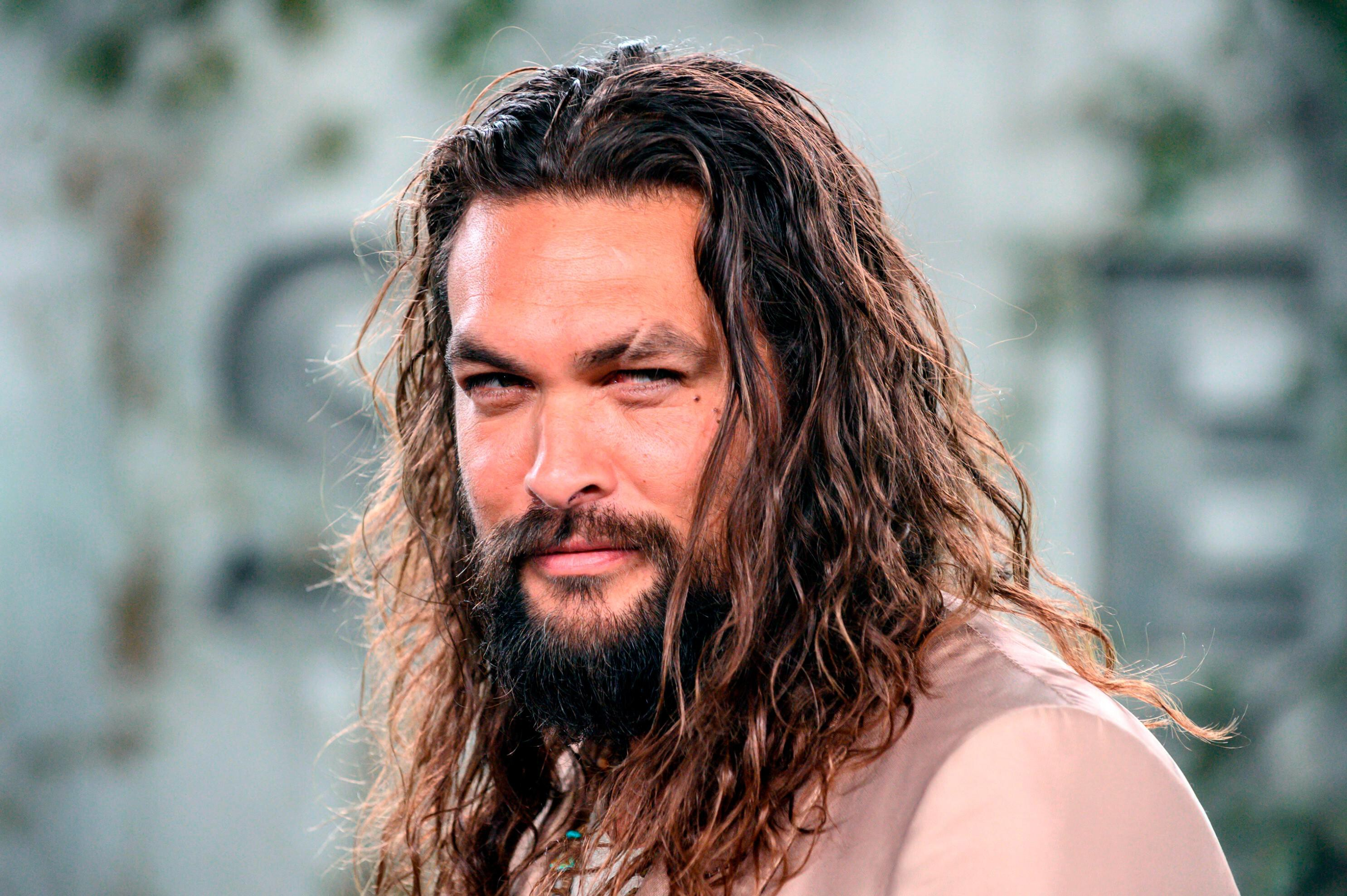 Jason Momoa gears up for 'Aquaman' filming with dye job