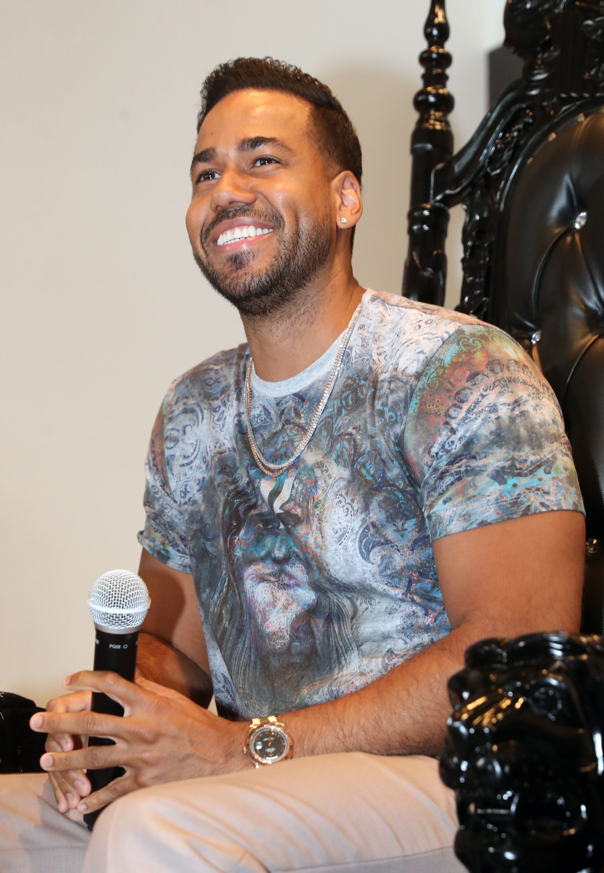 Romeo Santos just made history as the first Latin artist to headline MetLife Stadium