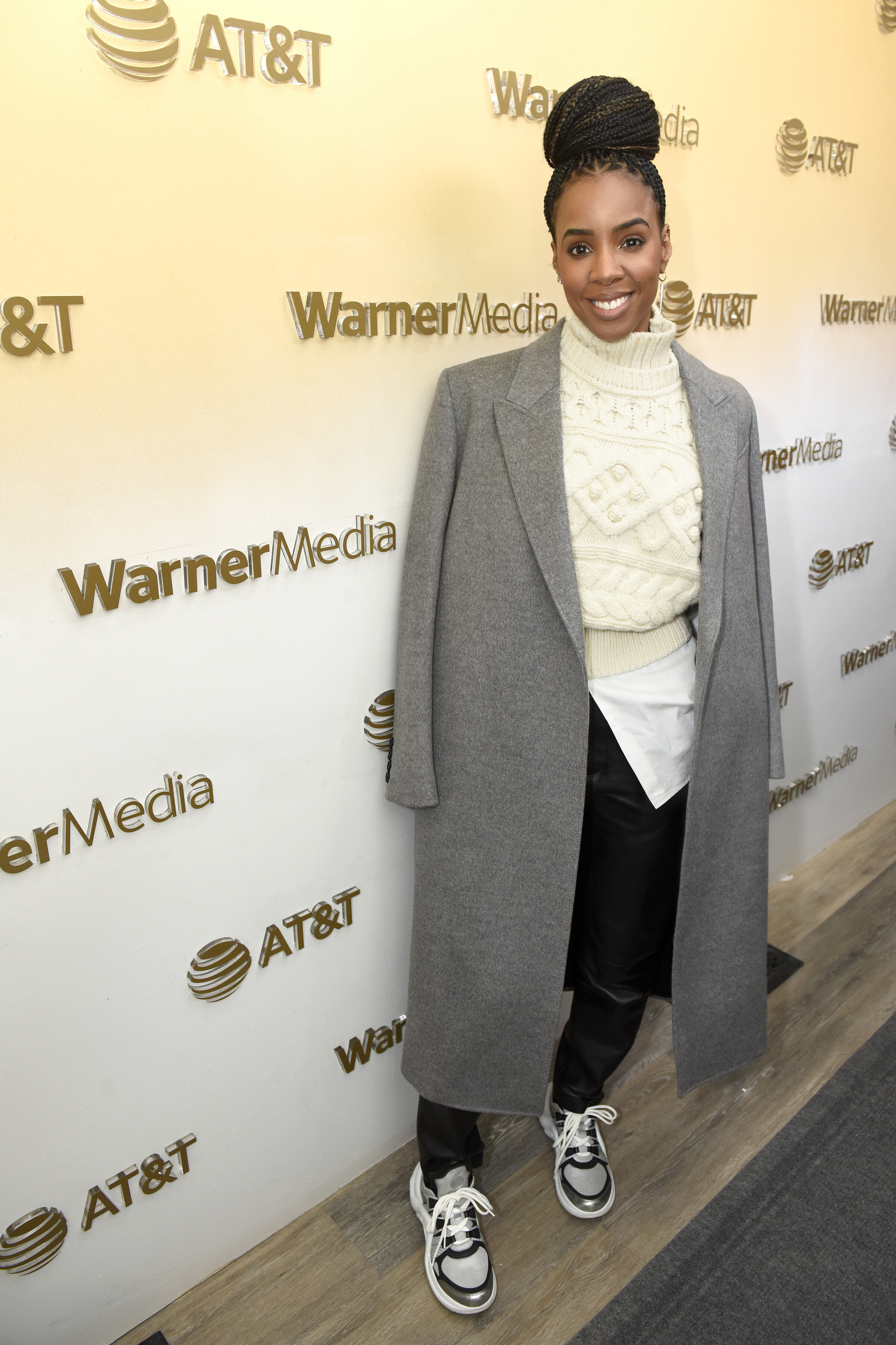 Kelly Rowland is trying to make it through the pandemic, too