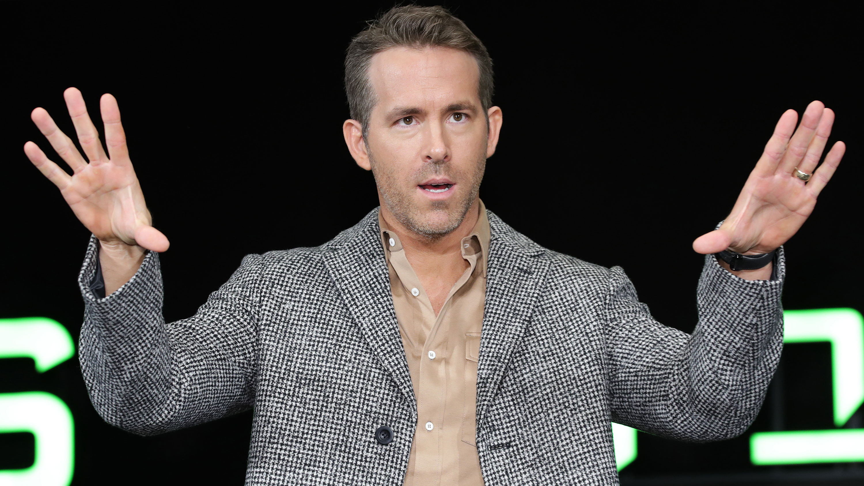 Ryan Reynolds asks young people in Canada to please not kill his mother by spreading the coronavirus