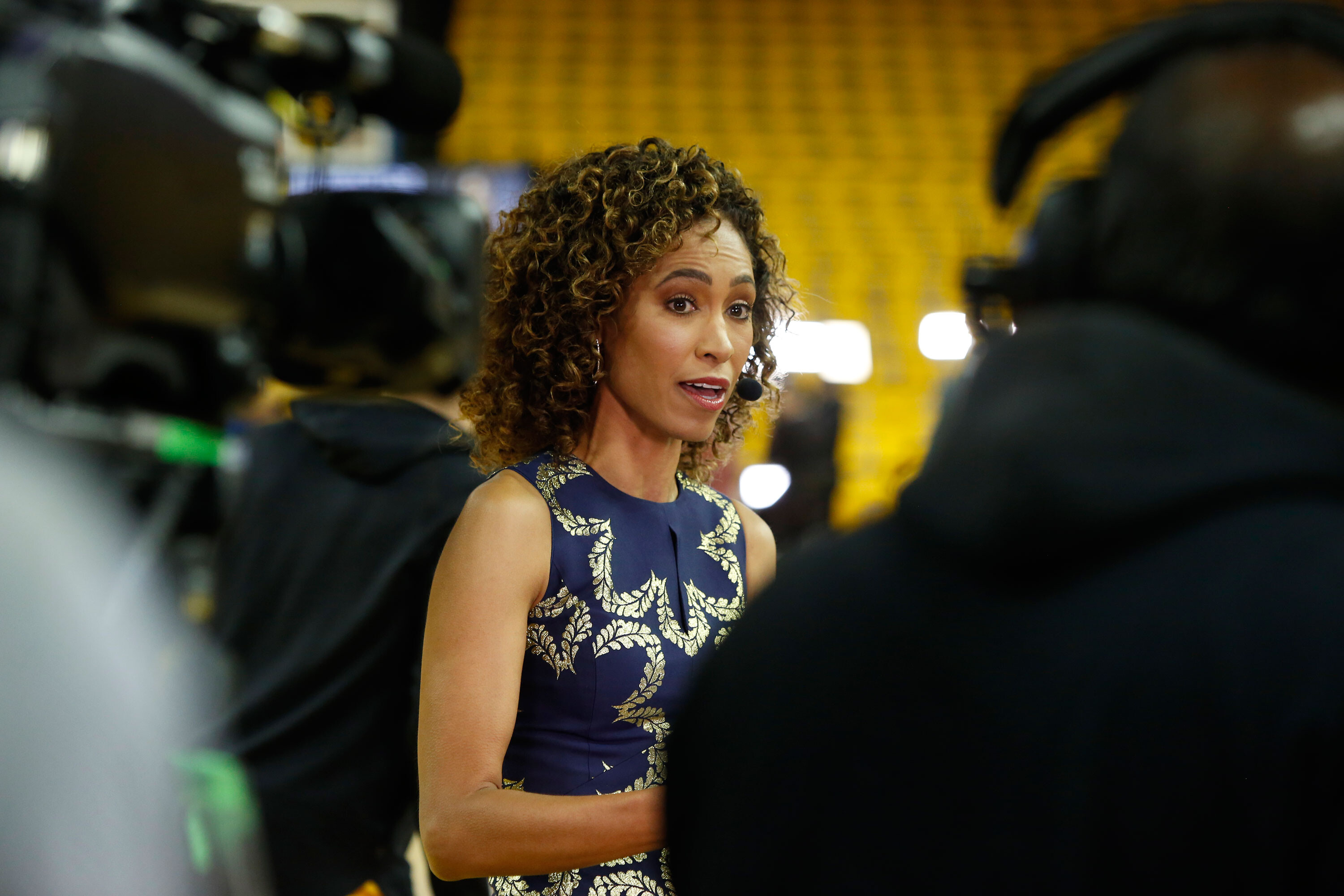 ESPN's Sage Steele apologizes for controversial comments about Obama's racial identity and vaccine mandates
