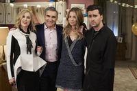'Schitt's Creek' cast says an emotional goodbye