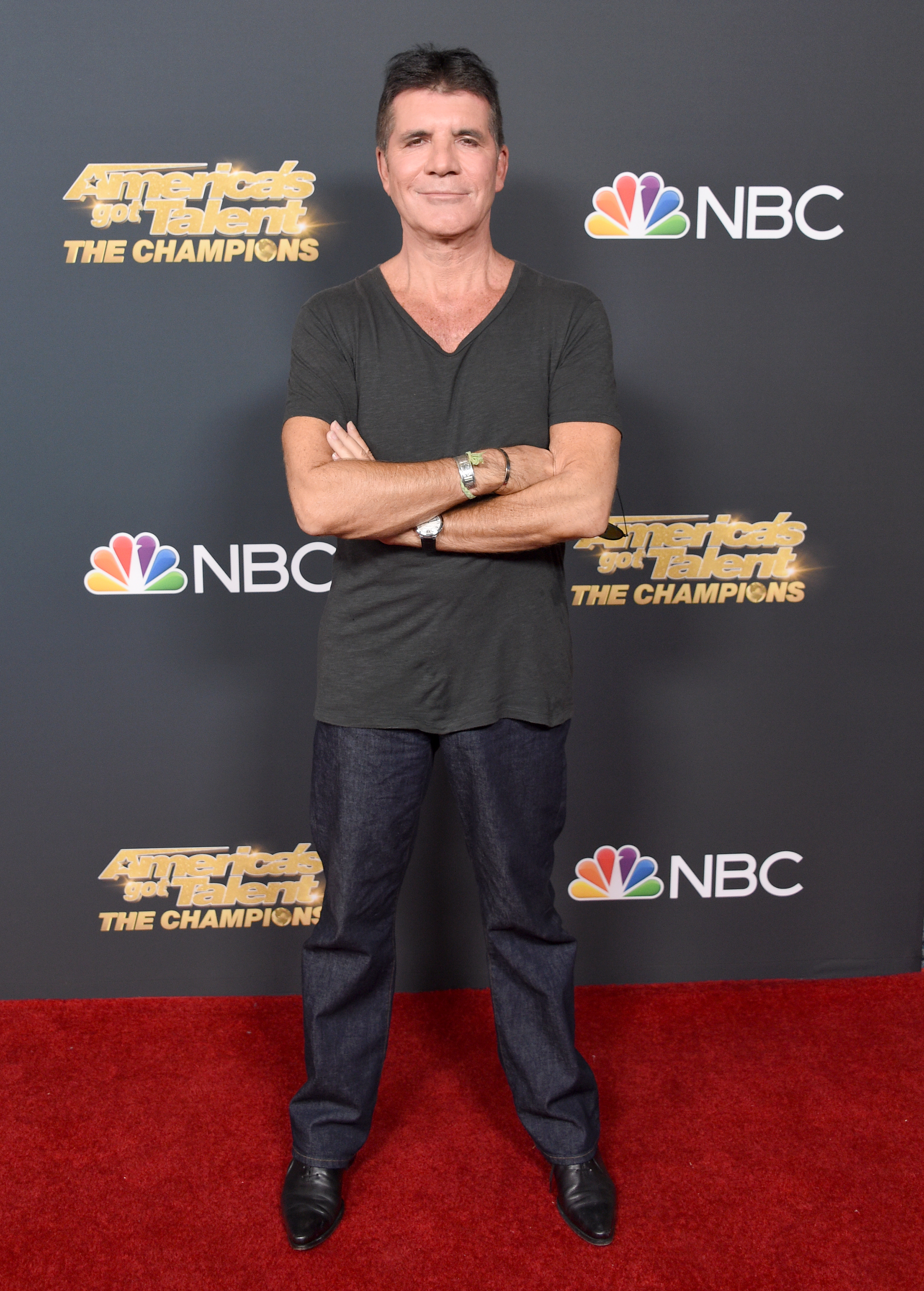 Simon Cowell speaks out after breaking his back