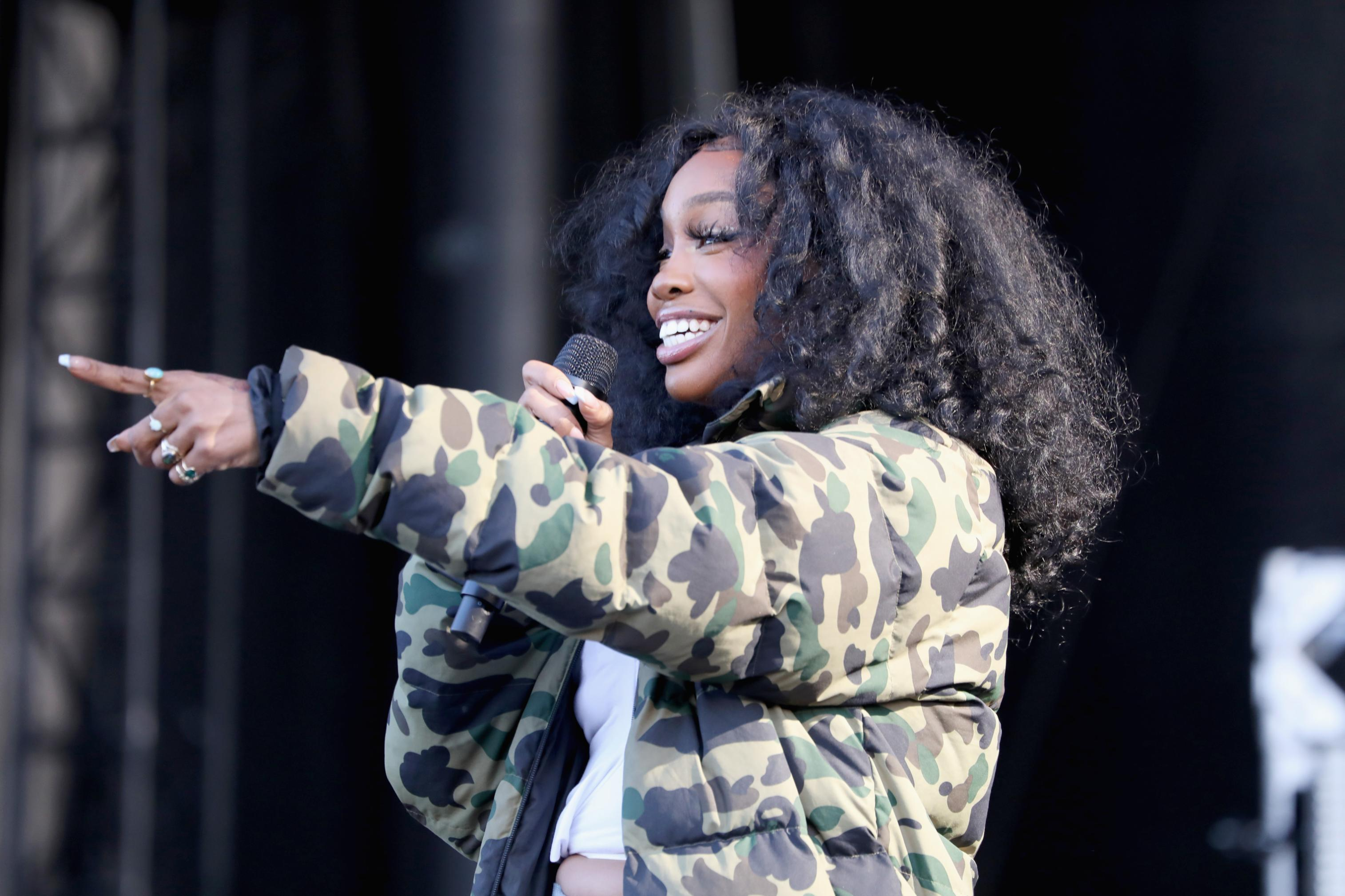 SZA sounds done with video interviews and photo shoots