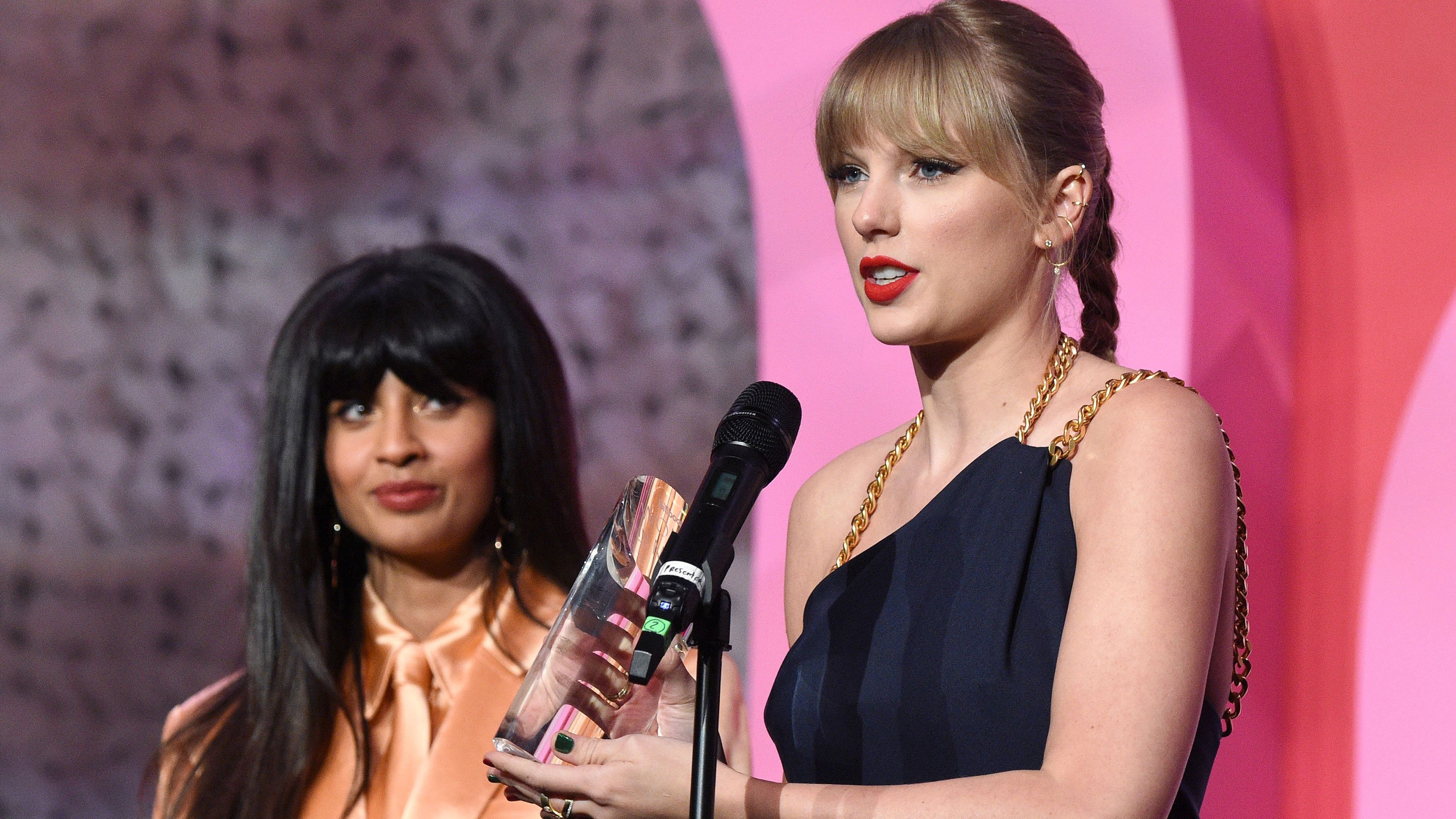 Taylor Swift honors women and slams Scooter Braun in Woman of the Decade speech