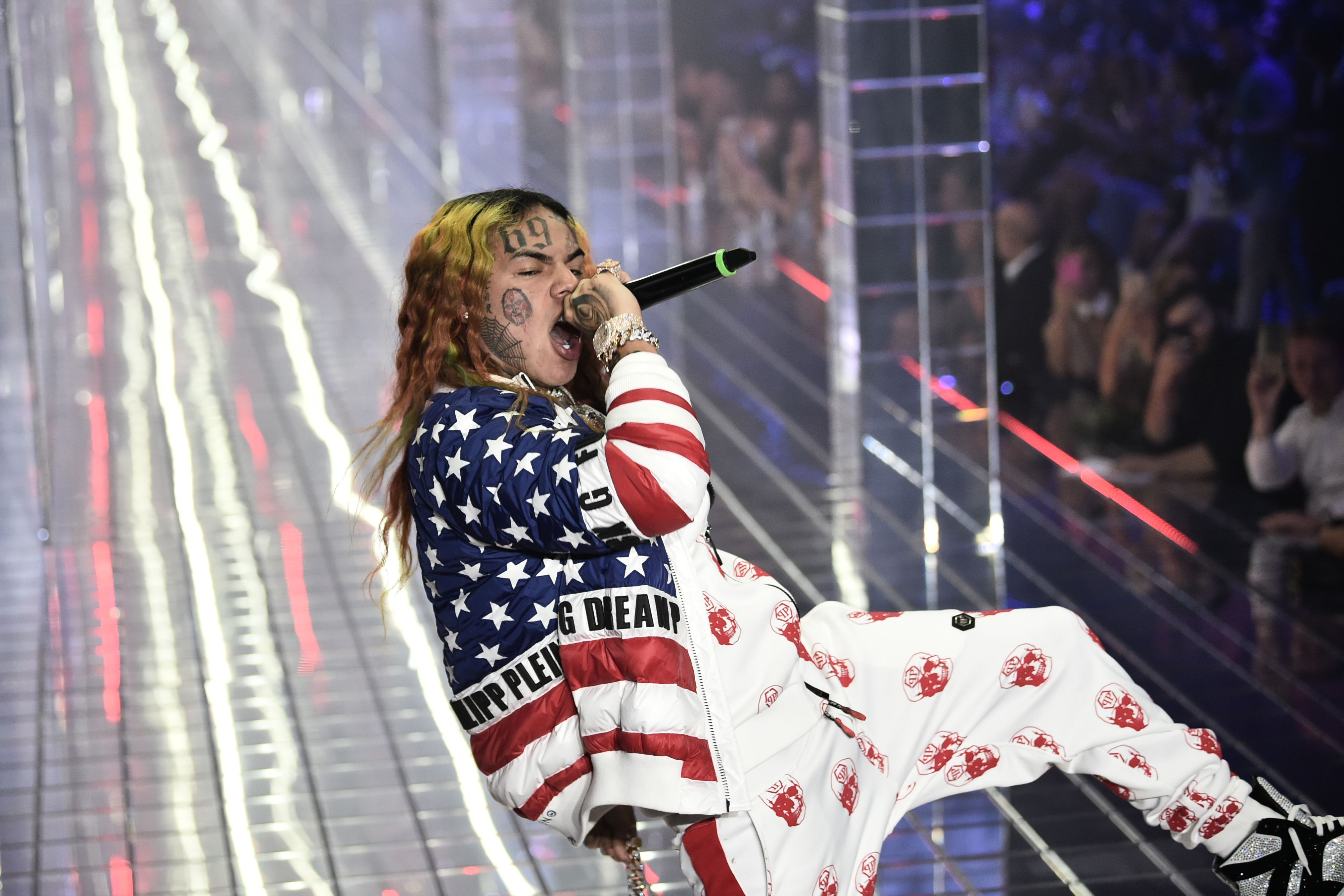 Tekashi 6ix9ine releases new song and video after being freed