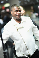 Tracy Morgan honors a nurse who cared for him after his crash