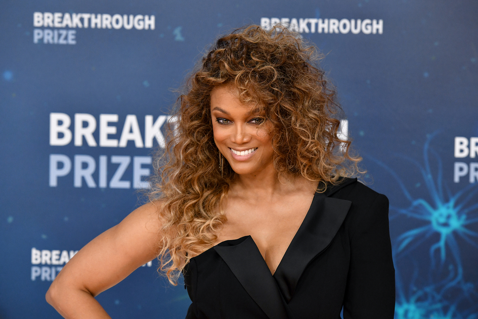 Tyra Banks to join 'Dancing with the Stars' as a host and executive producer