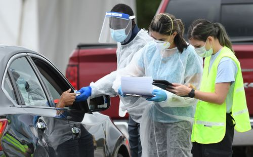 Image for Florida will be 'like a house on fire' in weeks with loose coronavirus restrictions, infectious disease expert says