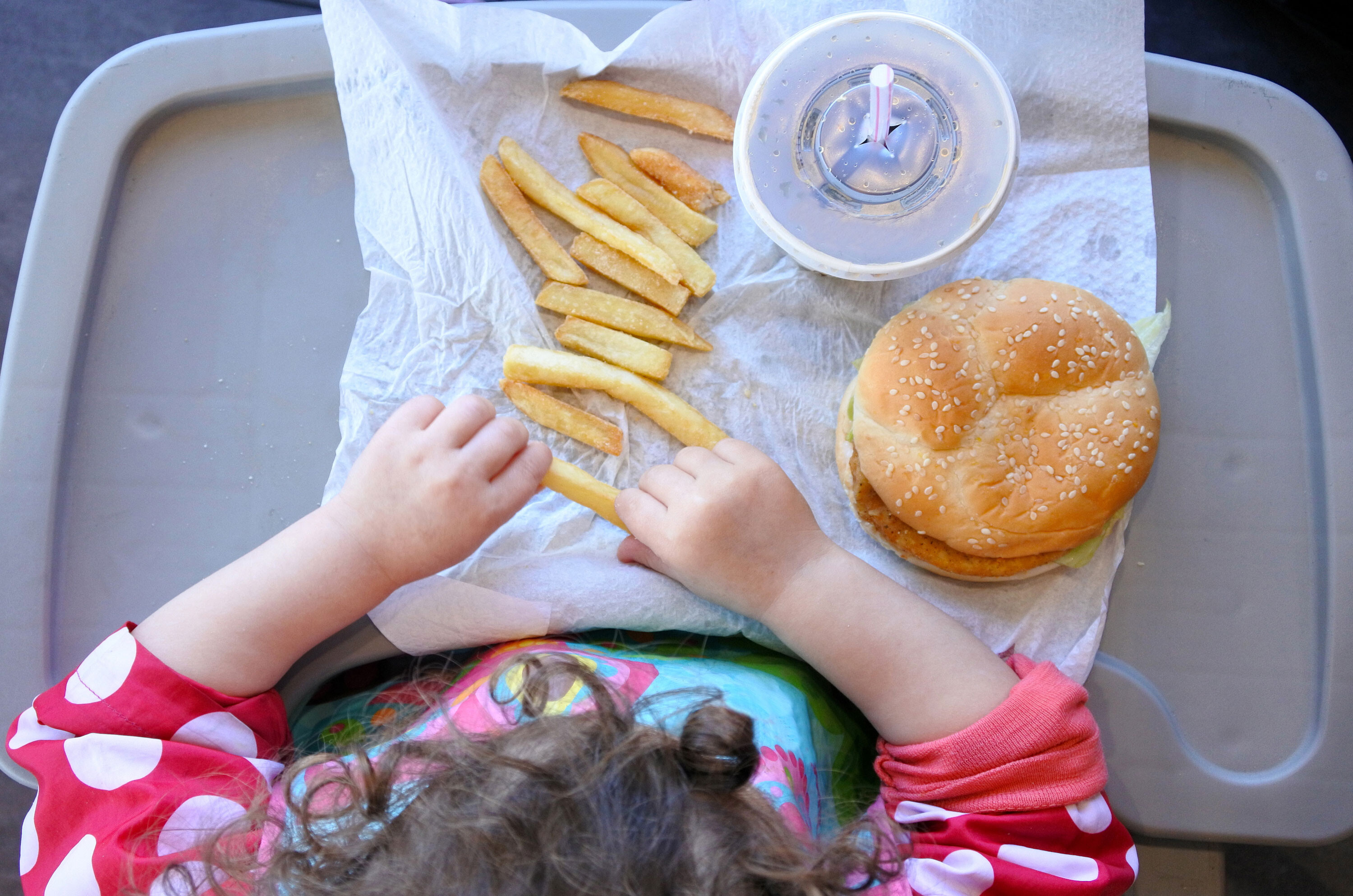 1 in 5 parents say their kids eat more fast food during the pandemic, poll finds