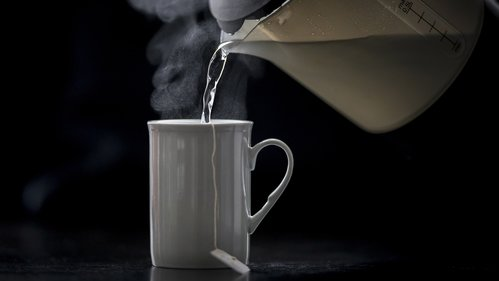 Image for Drinking very hot tea almost doubles risk of cancer, new study says