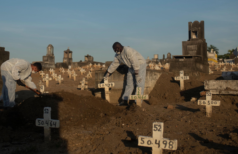 Global Covid-19 death toll surpasses 4 million