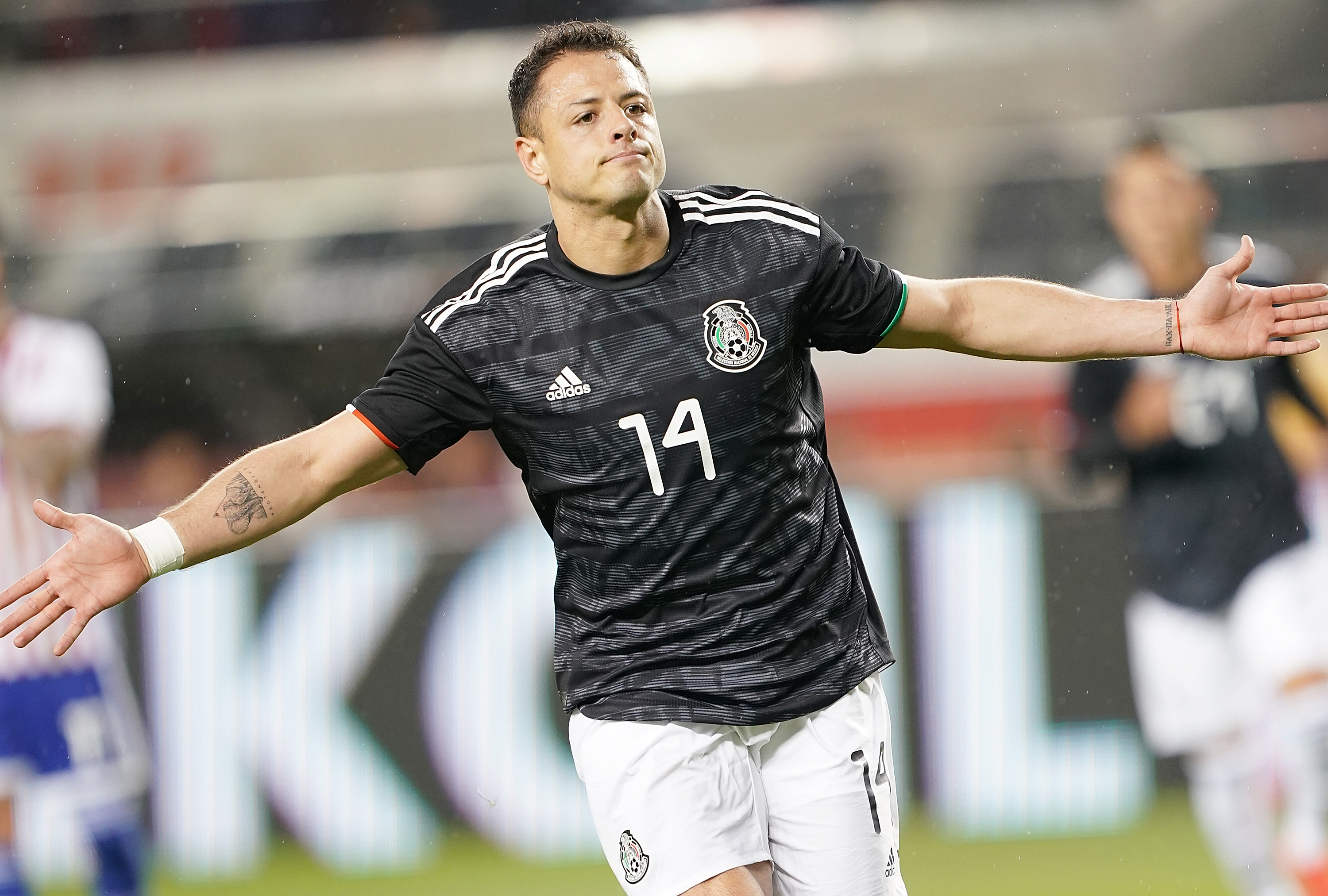 Is Javier Hernandez the biggest MLS signing since David Beckham?