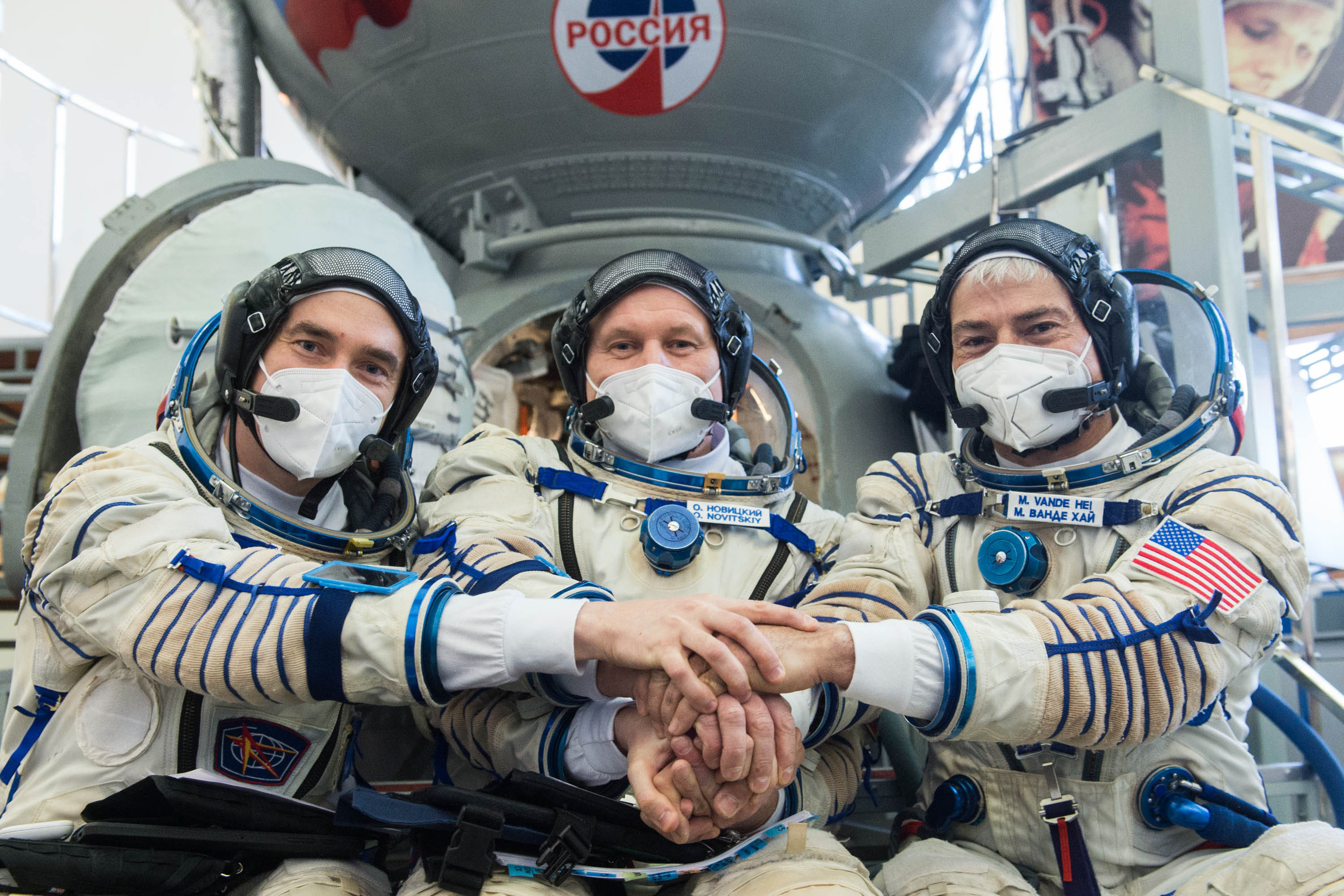 Russian cosmonauts, NASA astronaut successfully launch to the space station