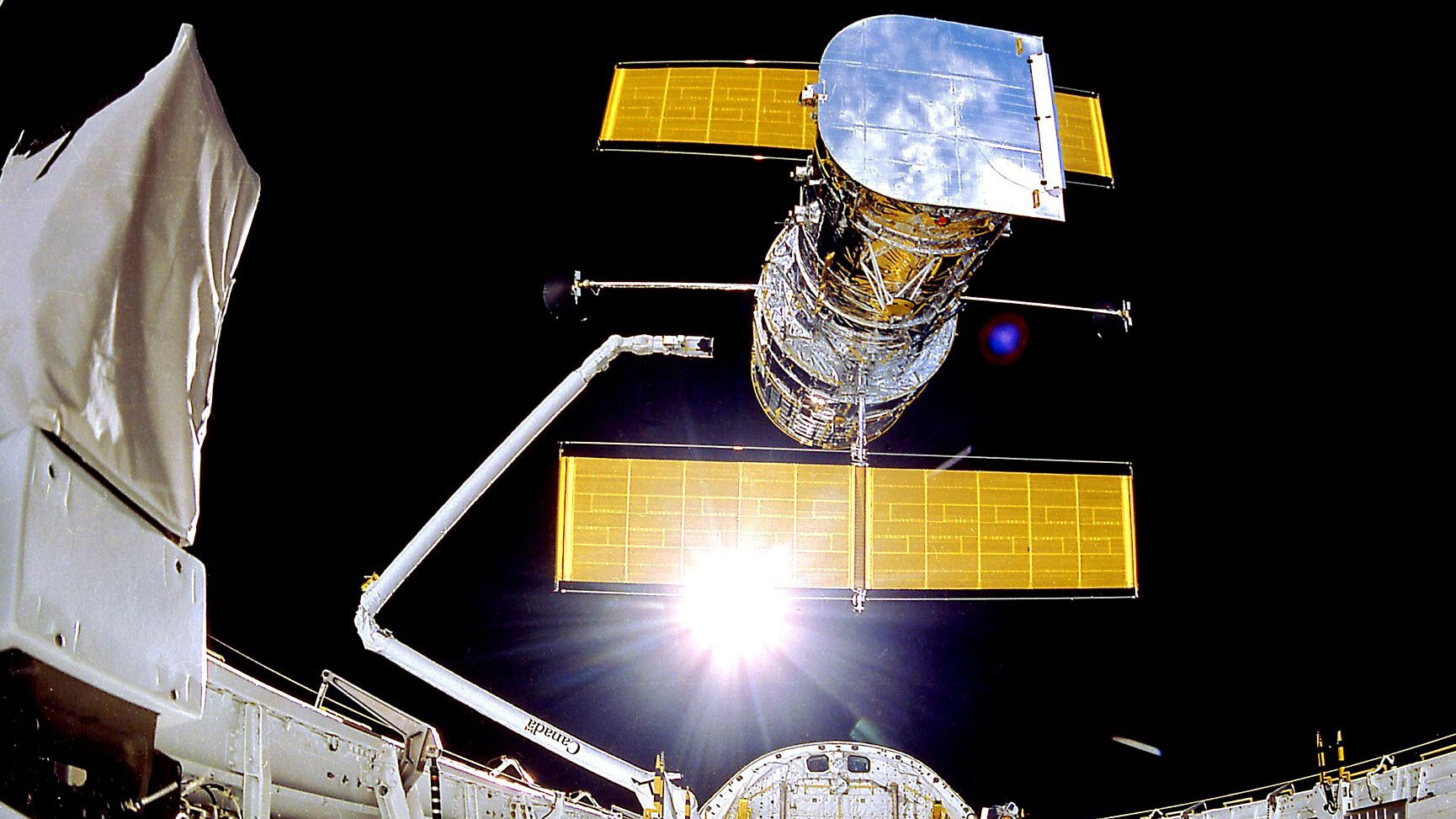 The Hubble Space Telescope is functioning again after more than month offline
