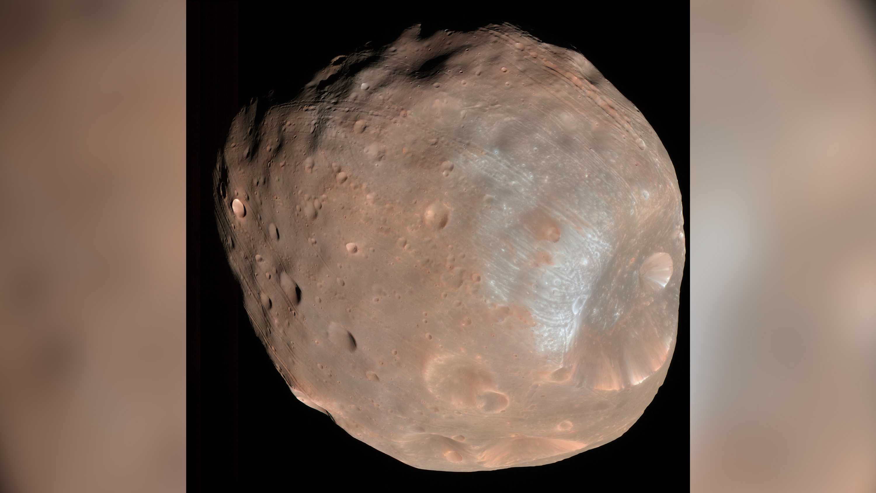 Martian moon Phobos could tell us what Mars was like in the past
