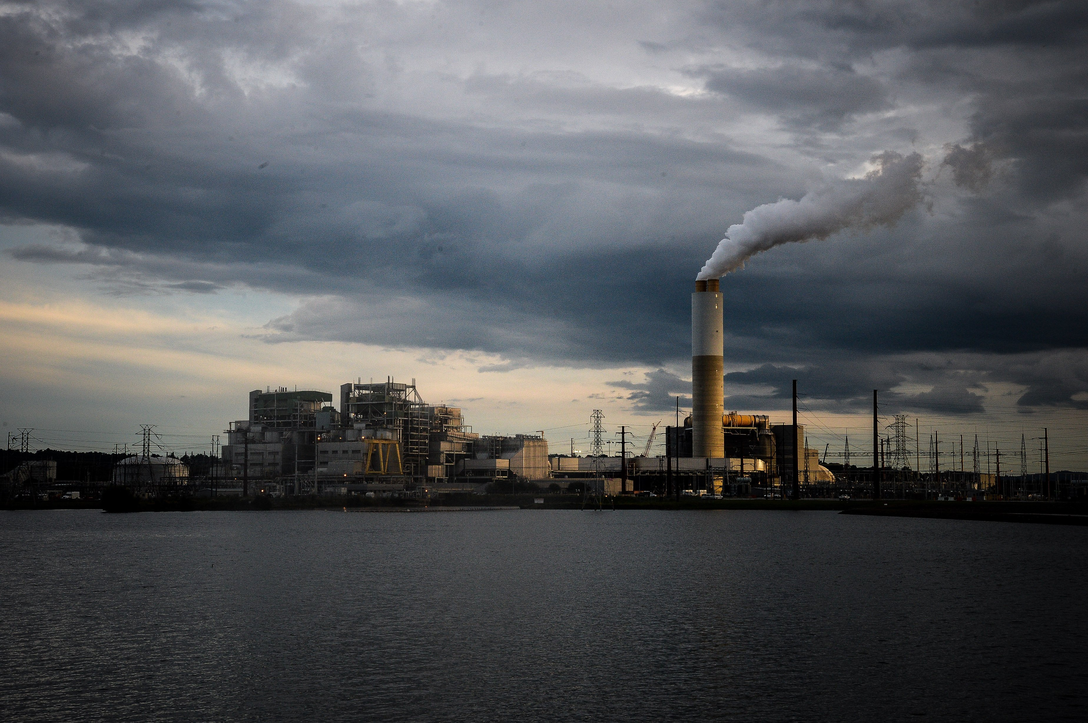 Investors turn up the heat on companies over climate change