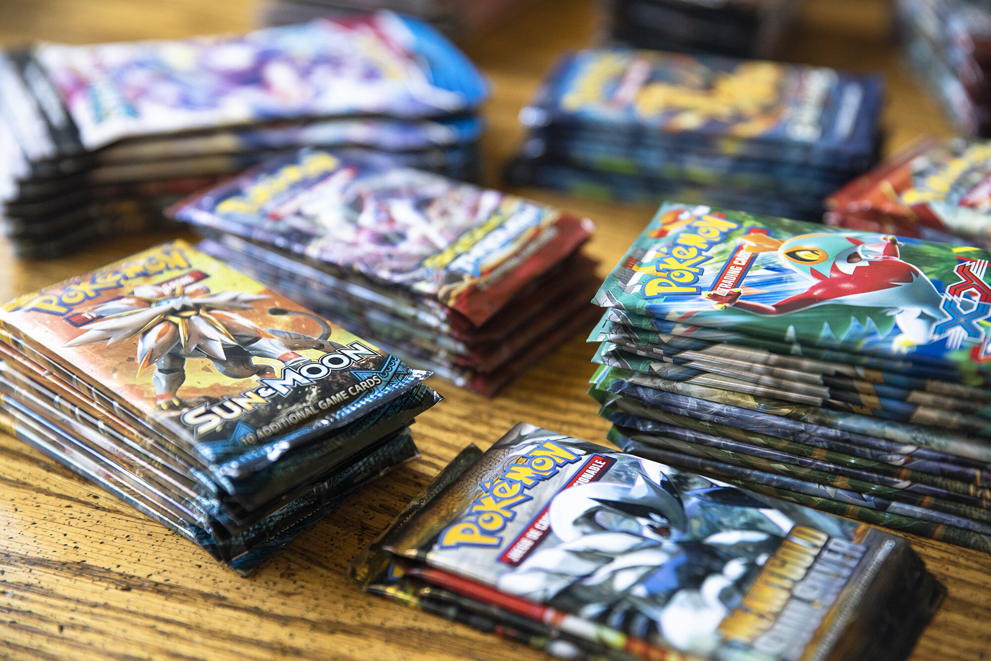 EBay looks to cash in on trading cards boom