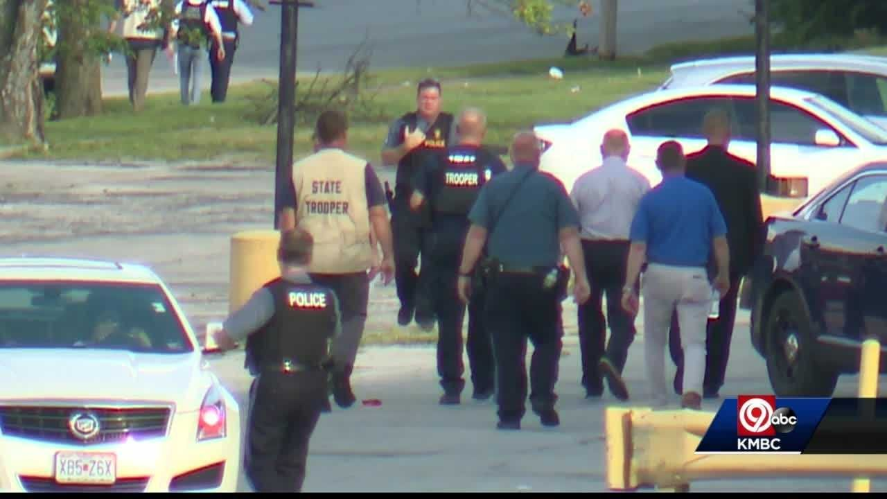 2 Kansas City police officers shot in separate incidents