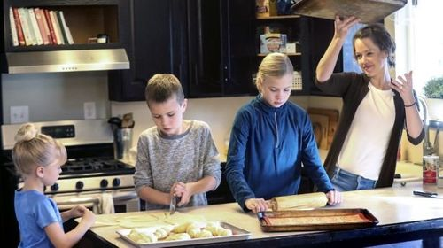Image for Kid business owners bake up a plan to help other kids for Christmas
