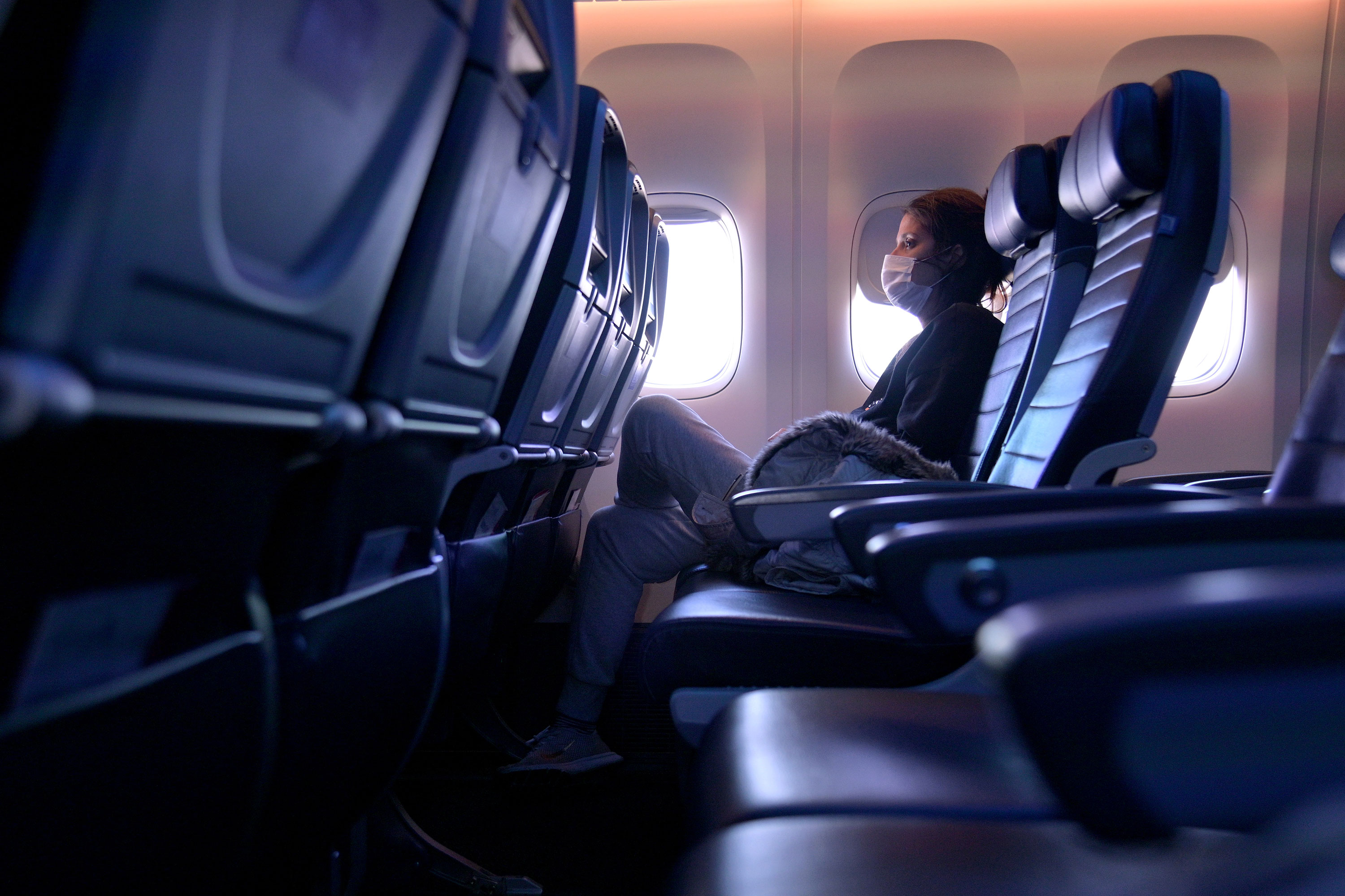 Keeping middle seats vacant on airplanes can reduce risk of Covid-19 exposure by up to 57%, CDC study says