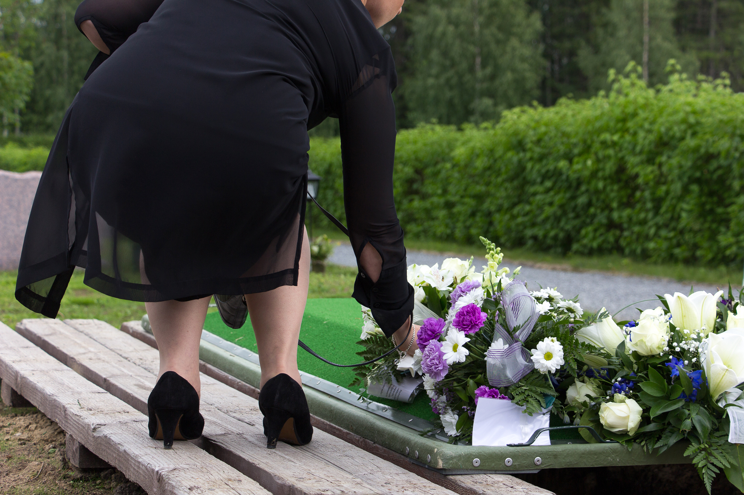 Widowhood increases risk of Alzheimer's, study says