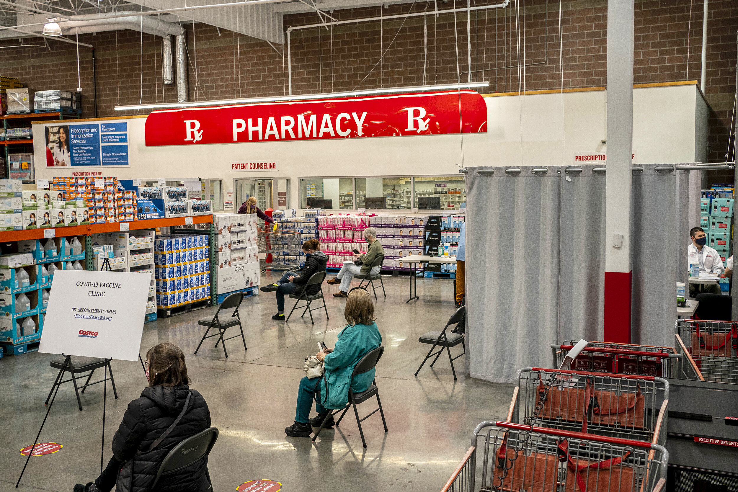 Costco approach could have saved Medicare $2.6 billion in drug spending, analysis shows