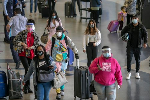 Image for More than 4 million people in the US traveled for Thanksgiving, new data shows