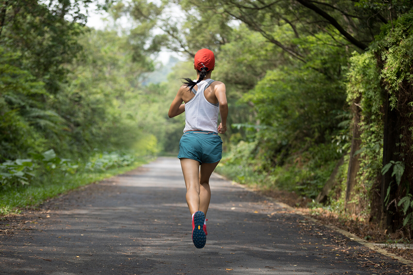 How to safely exercise outdoors when it's hot out
