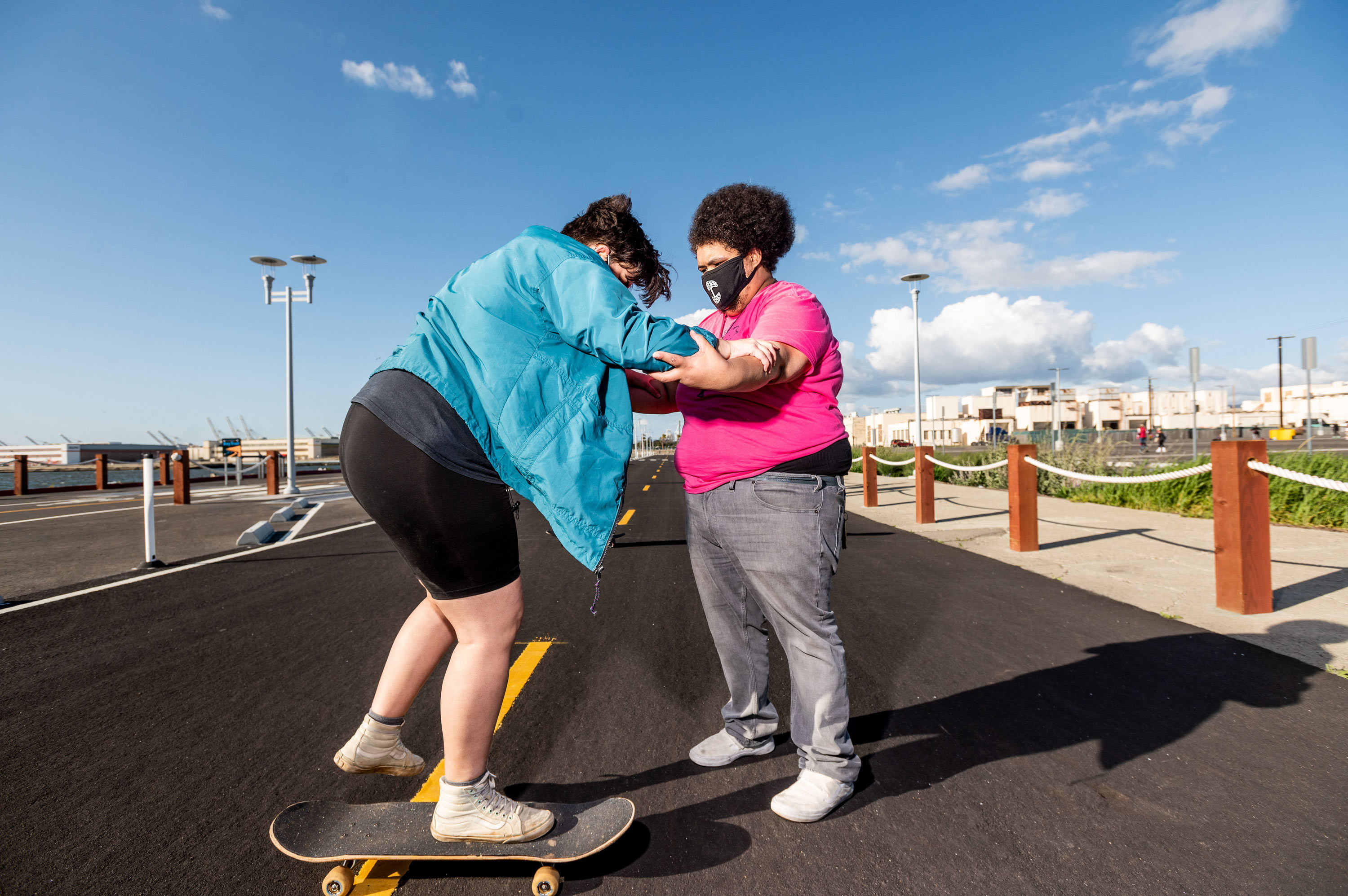 This skateboarder is helping plus-size riders roll