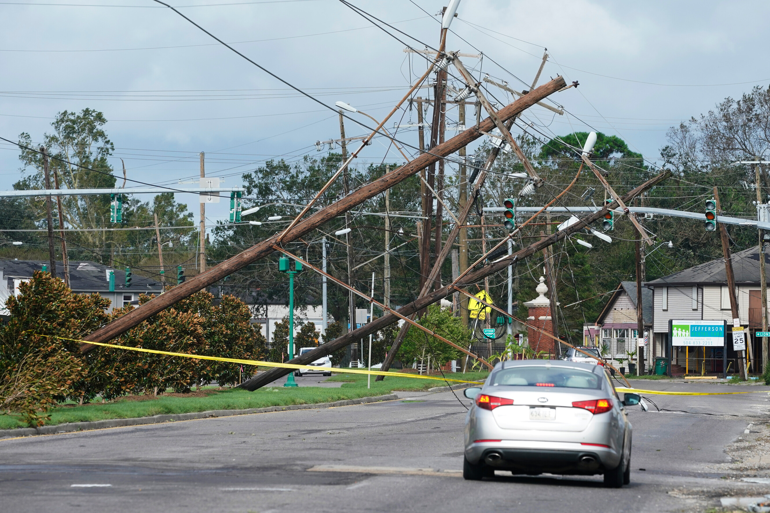 What weeks without power and water could look like for Ida storm victims