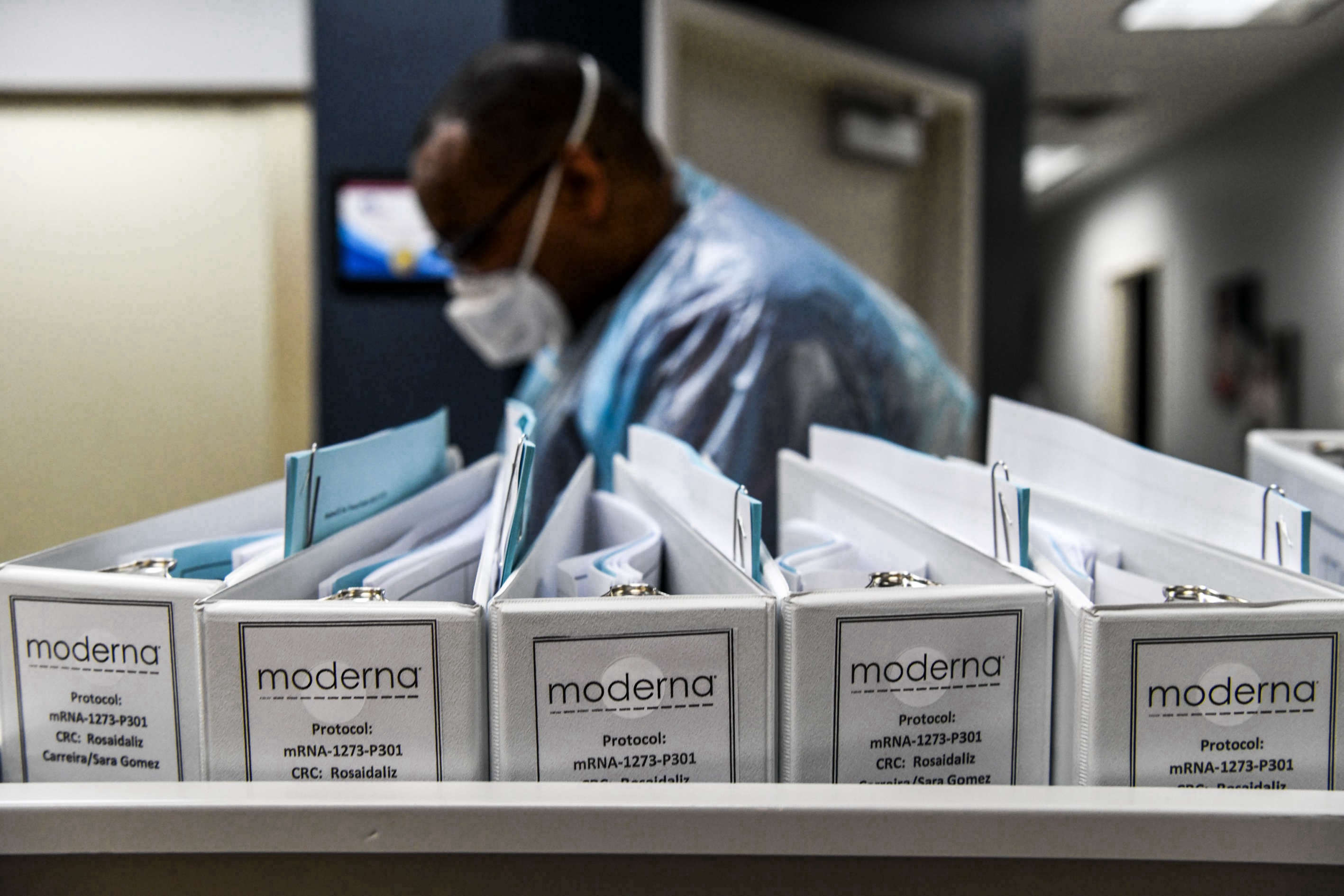 Moderna applies for FDA authorization for its Covid-19 vaccine