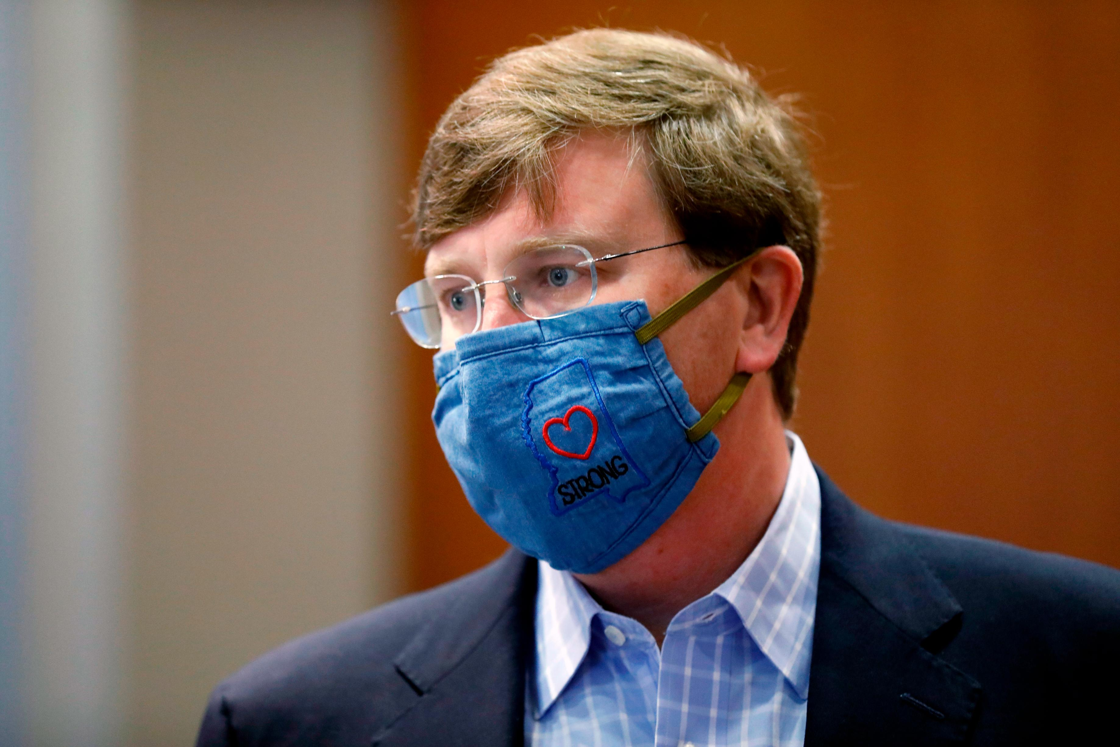 Mississippi's governor just mandated masks in public gatherings and school. The state is top 5 for coronavirus cases per capita