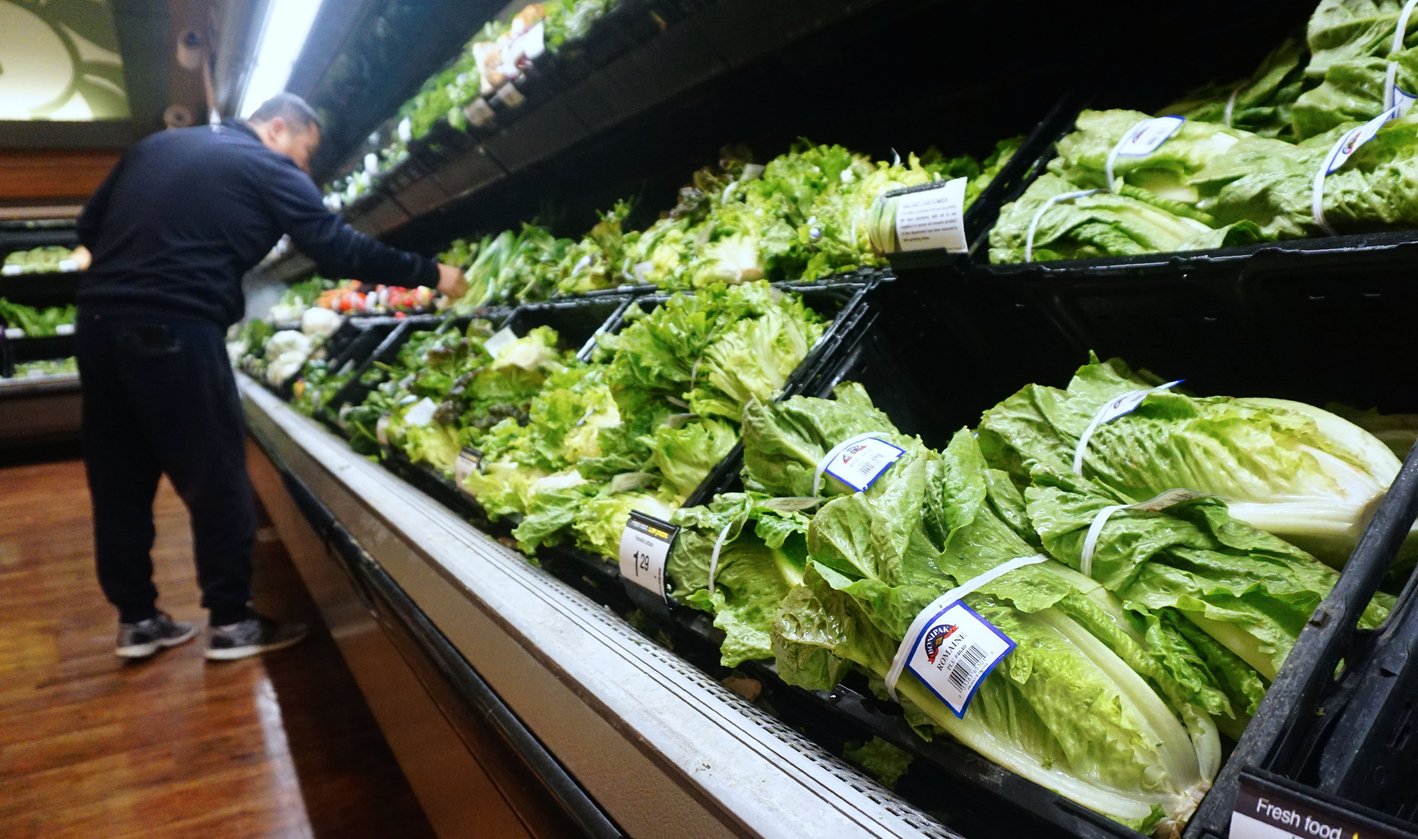It's OK to eat romaine lettuce again as officials declare E. coli outbreak over