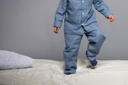 Image for A later bedtime linked with obesity for children under 6, study says