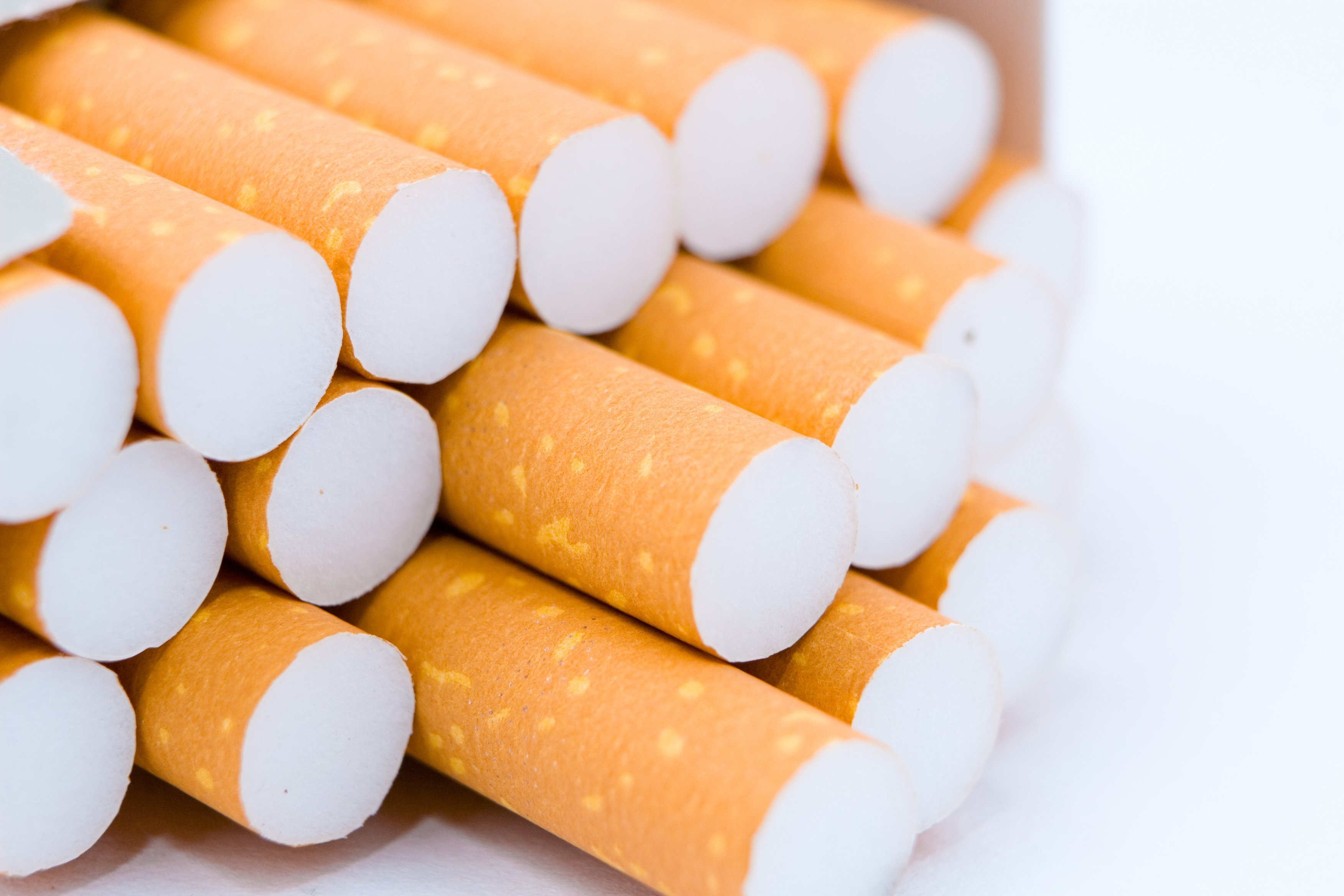Cigarette smoking falls to record low in the United States