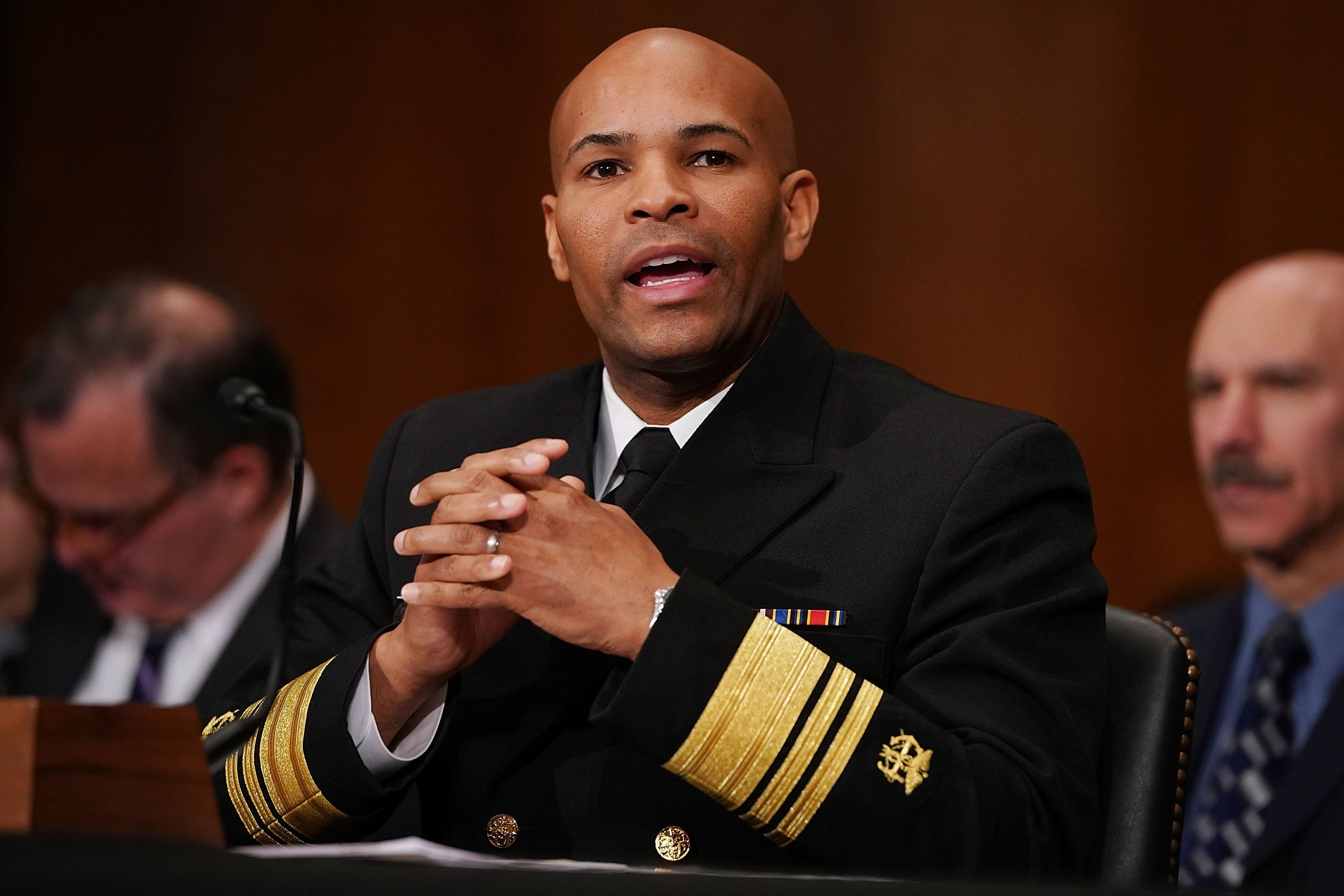 US surgeon general says doctors aren't encouraging enough smokers to quit