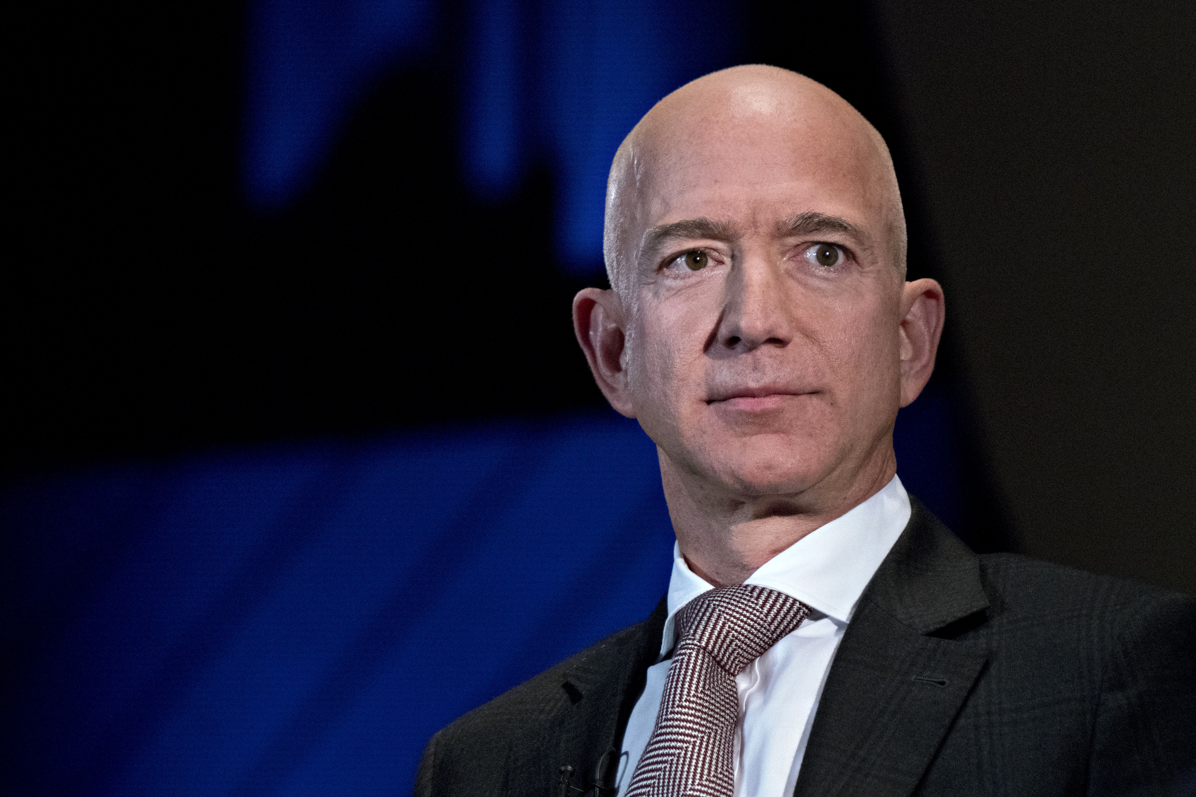 Jeff Bezos is so rich he just set a new record