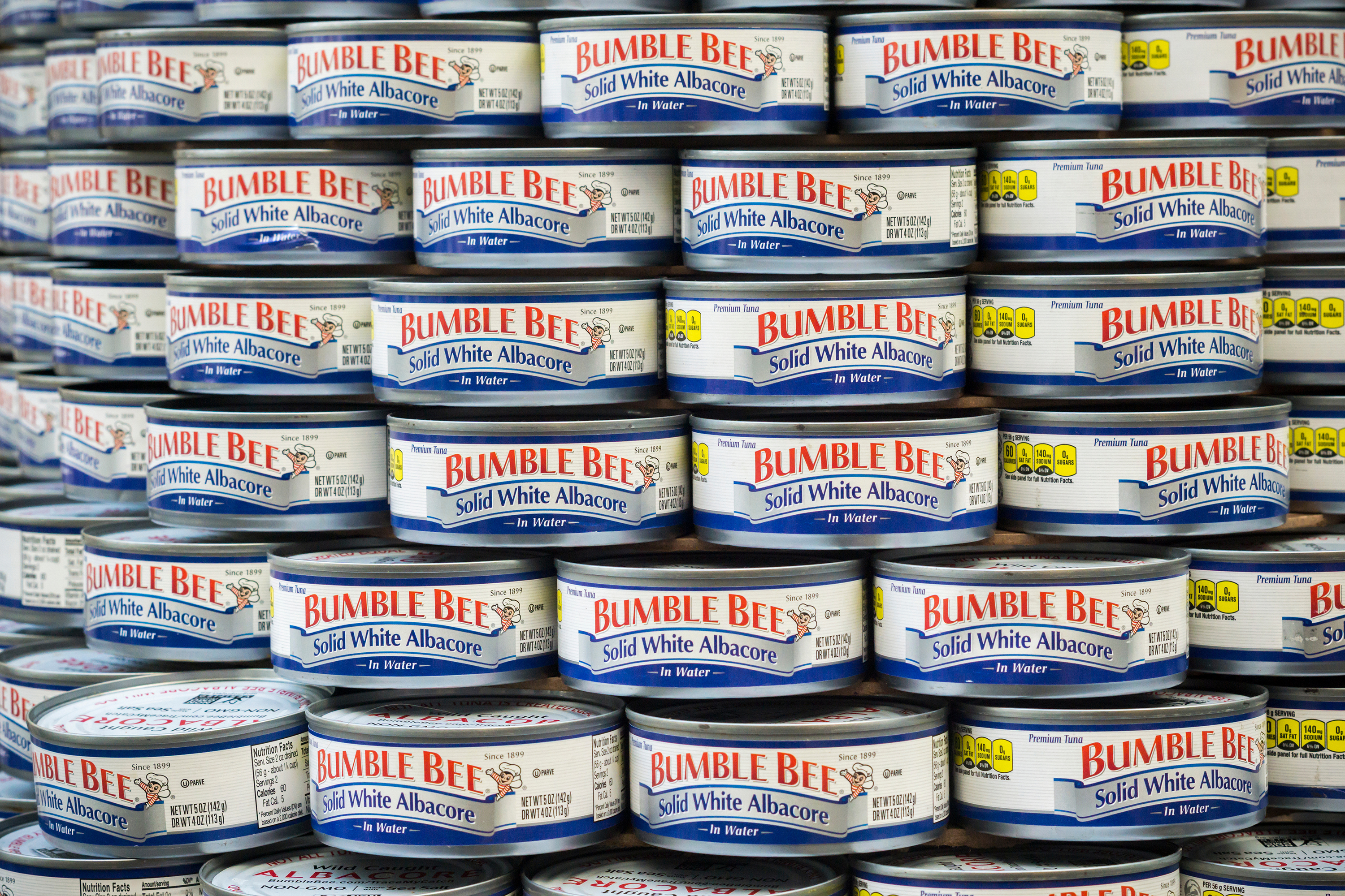 Trump says protesters are throwing tuna. Bumble Bee urges consumers to 'Eat em. Don't throw em'