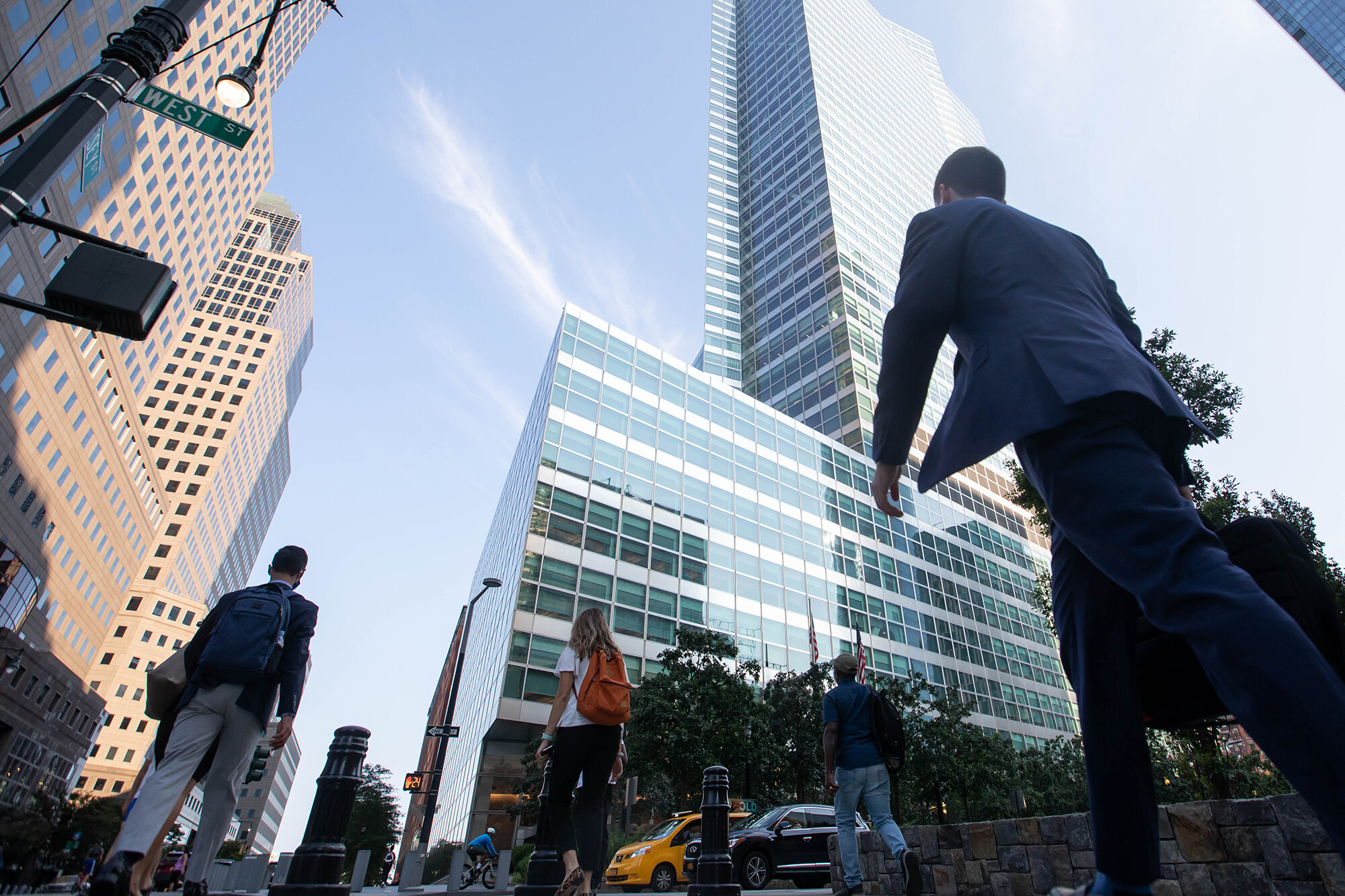 Goldman Sachs draws a line in the sand on employee vaccination