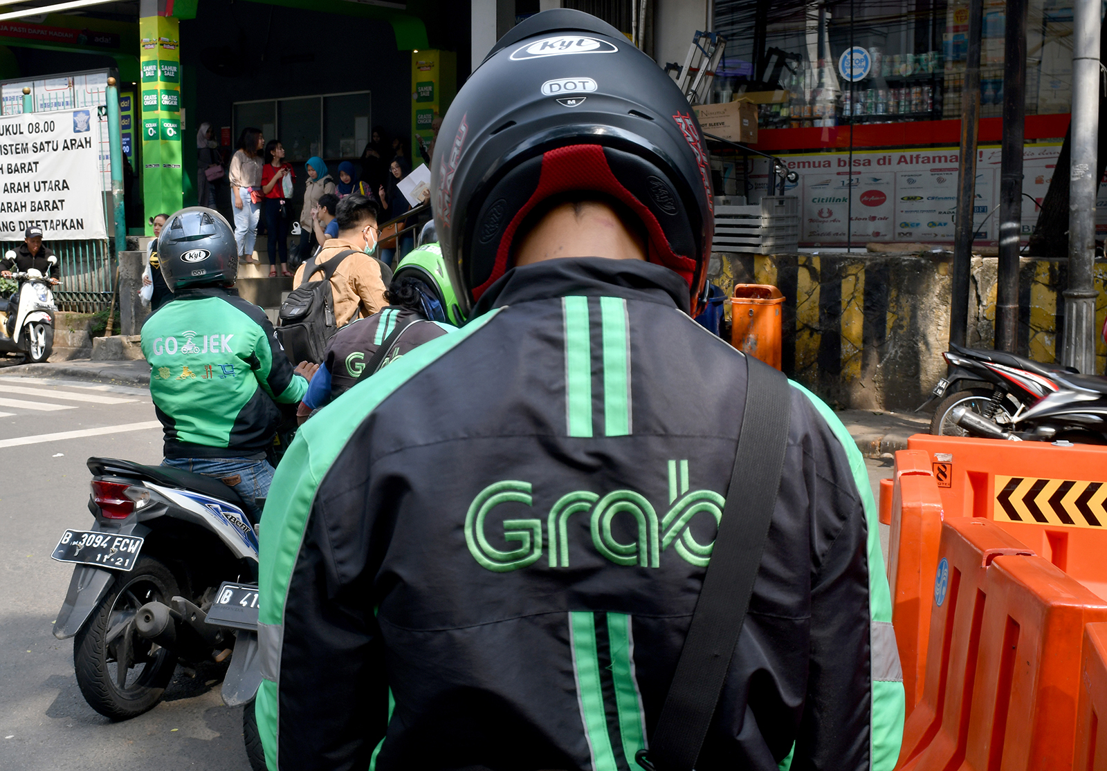 Grab is going public in $40 billion SPAC deal, the biggest on record