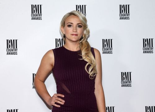 Image for Jamie Lynn Spears blames Elon Musk and Tesla for killing her cats